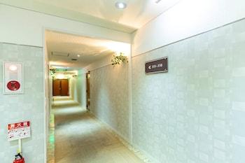 OYO 44570 HOTEL PLEASE MIKAGE Hallway