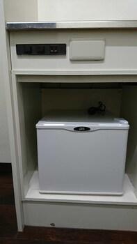 HIROSHIMA HAKUSHIMA-HIGASHI BUILDING Mini-Refrigerator