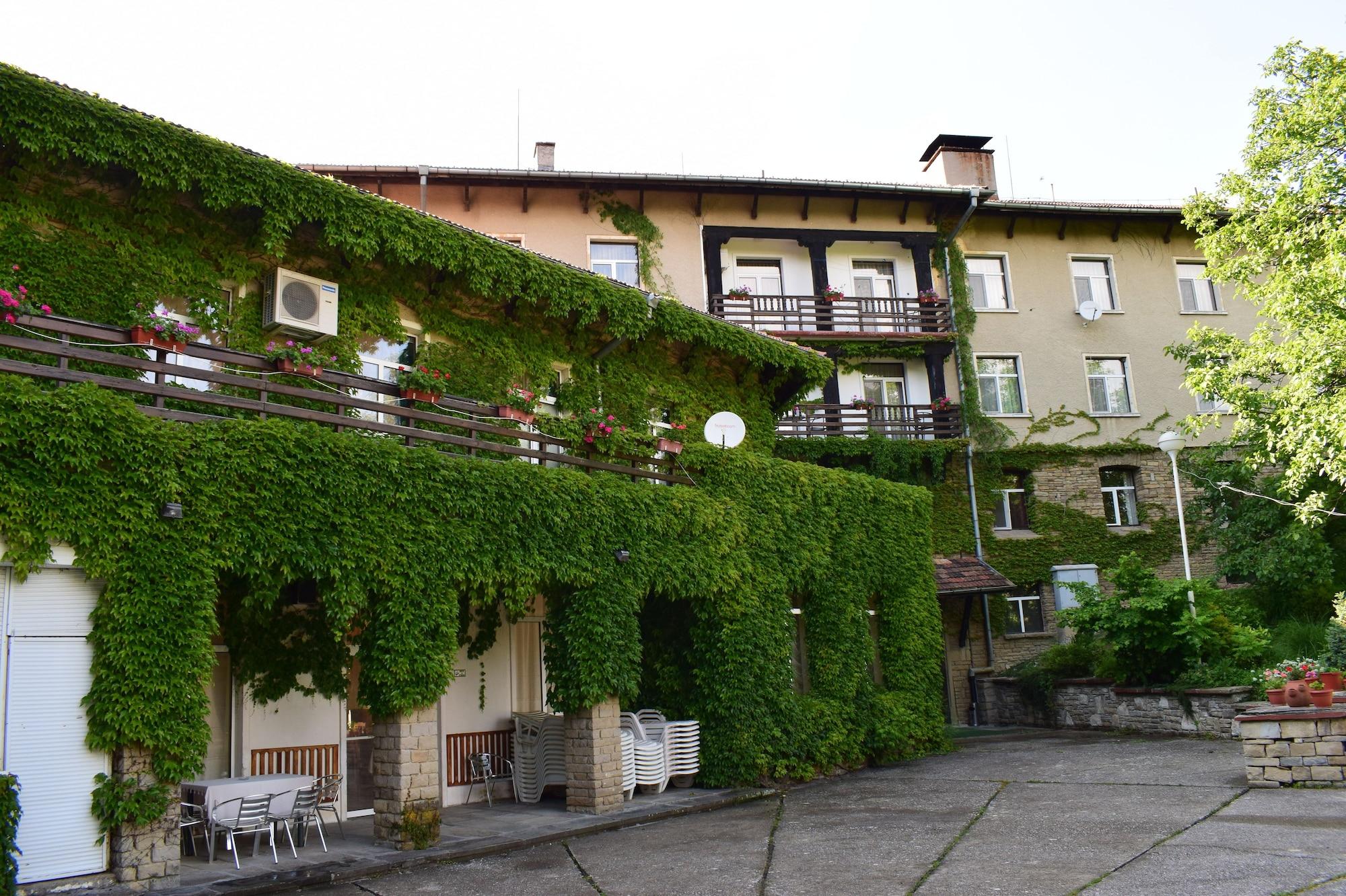 Balneo Hotel Lyulyatsi, Gabrovo