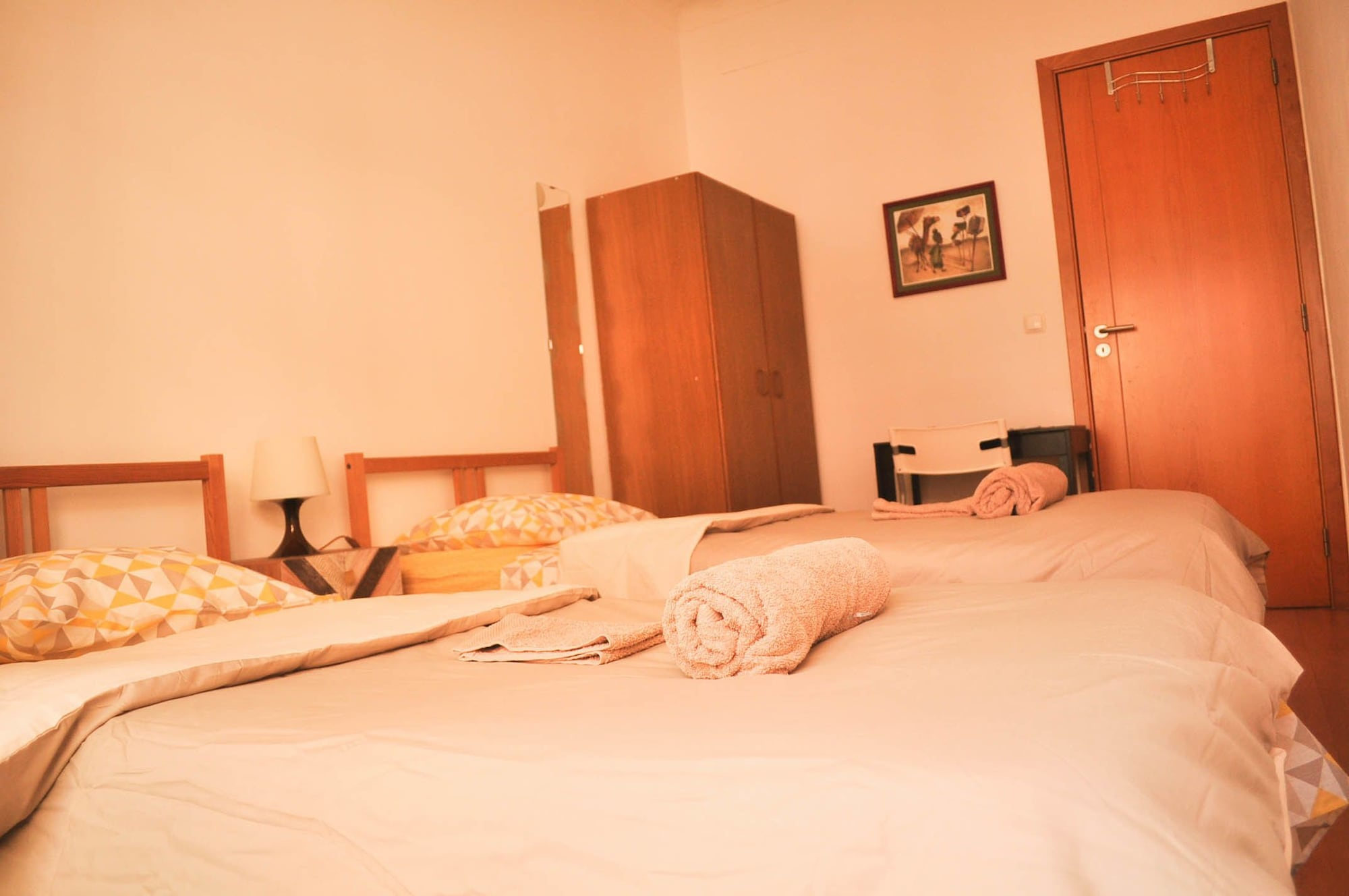Surf Vibe Guest House, Faro