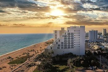 勞德代爾堡海灘馬仁飯店 - 希爾頓 Curio 精選系列 Hotel Maren Fort Lauderdale Beach, Curio Collection by Hilton