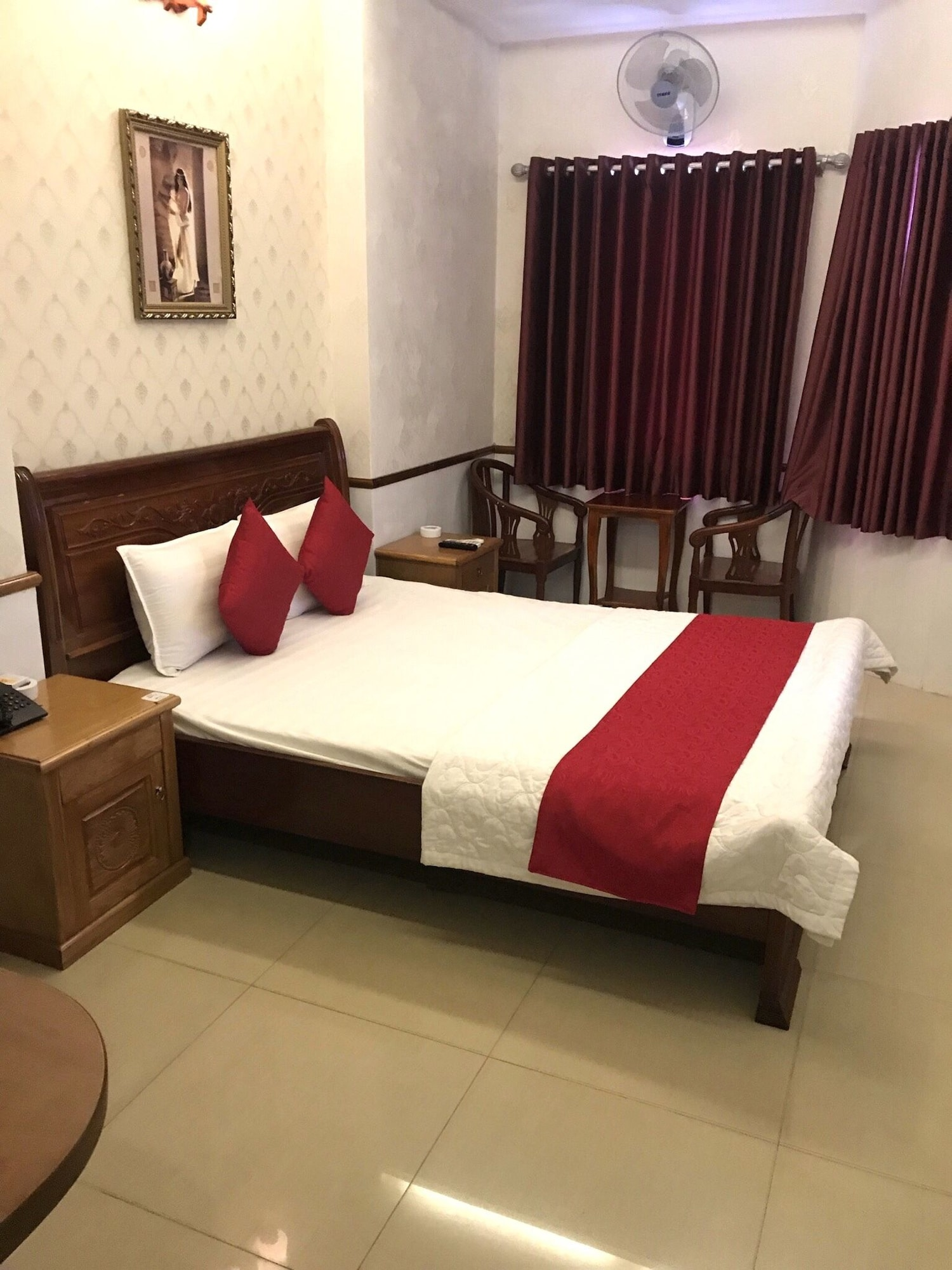 Nhu Y 2 Hotel, Binh Tan
