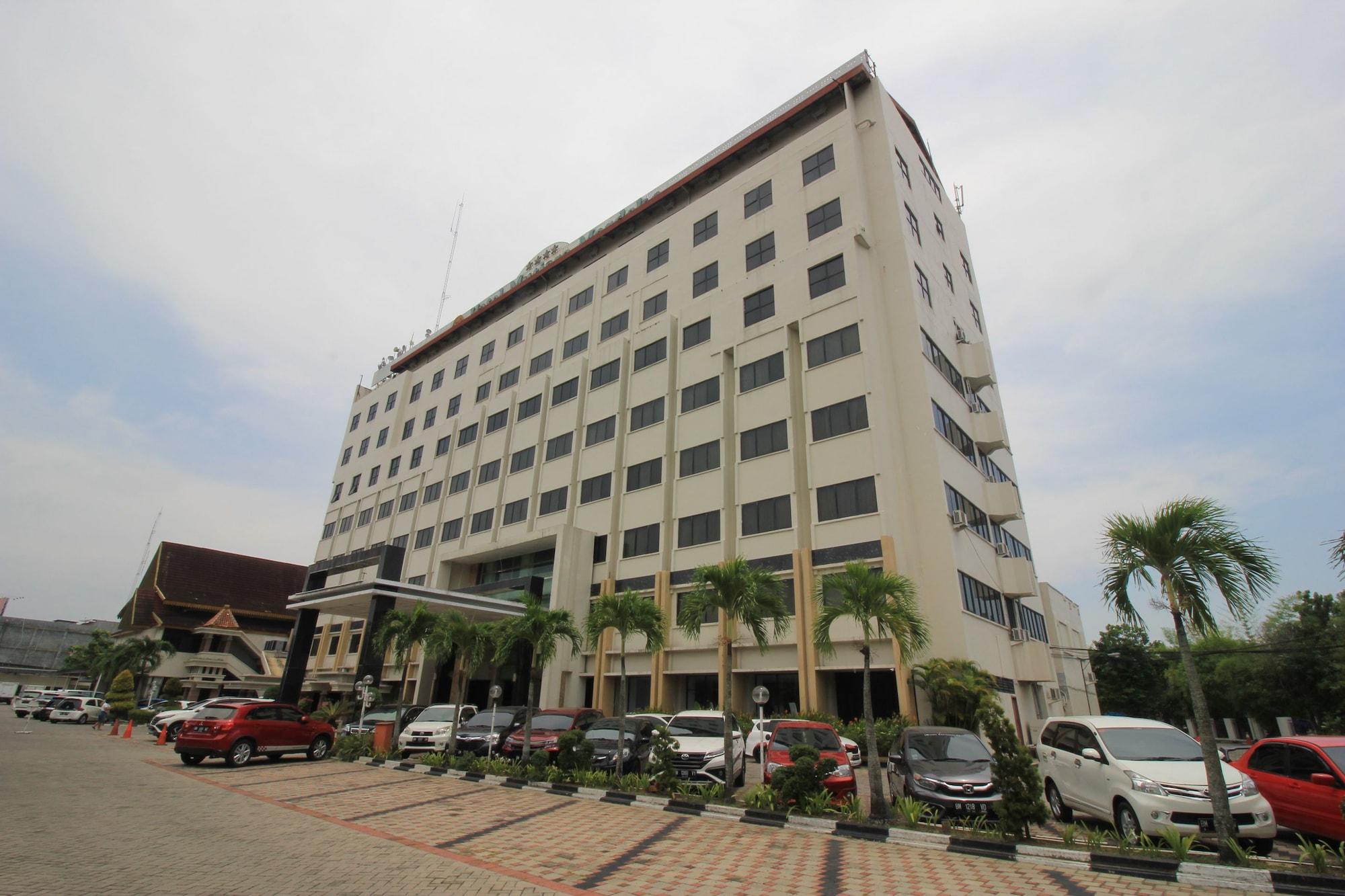 Capital O 1583 Mutiara Merdeka Hotel, Pekanbaru
