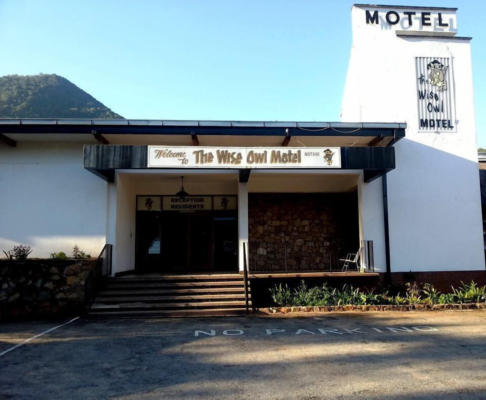Wise Owl Motel, Mutare