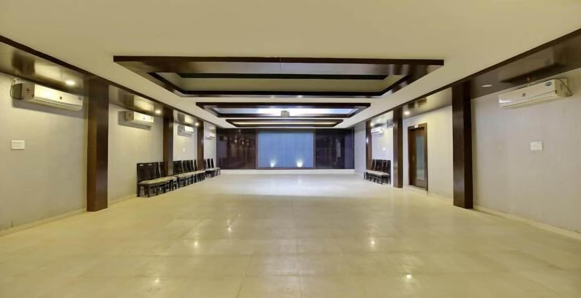Hardik Resort, Tikamgarh