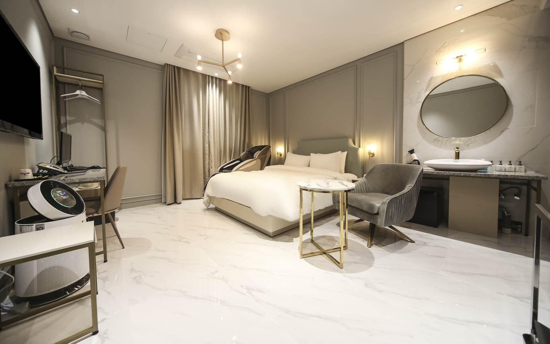 LEXY HOTEL, Yuseong