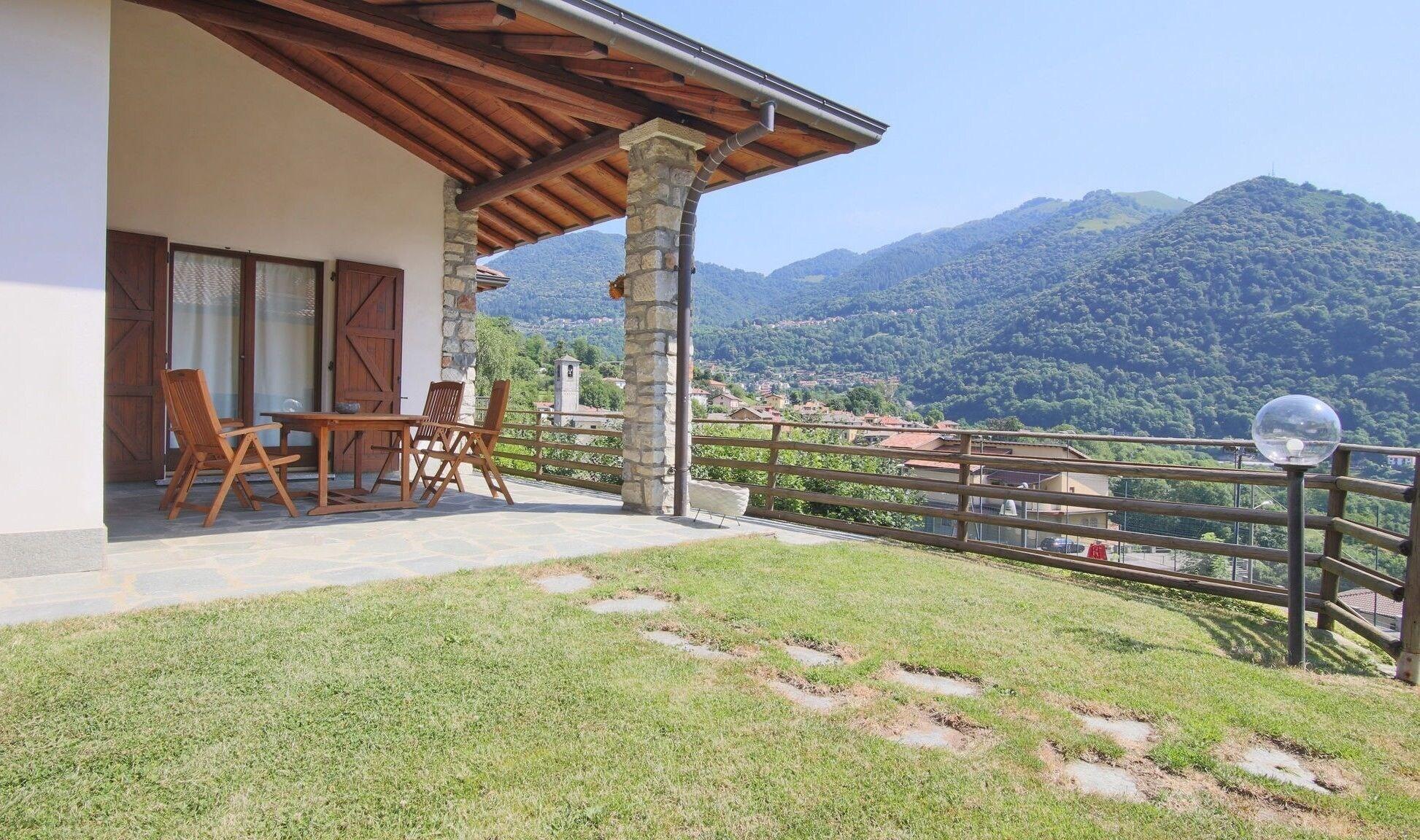 Italianway - Contrada 2, Como
