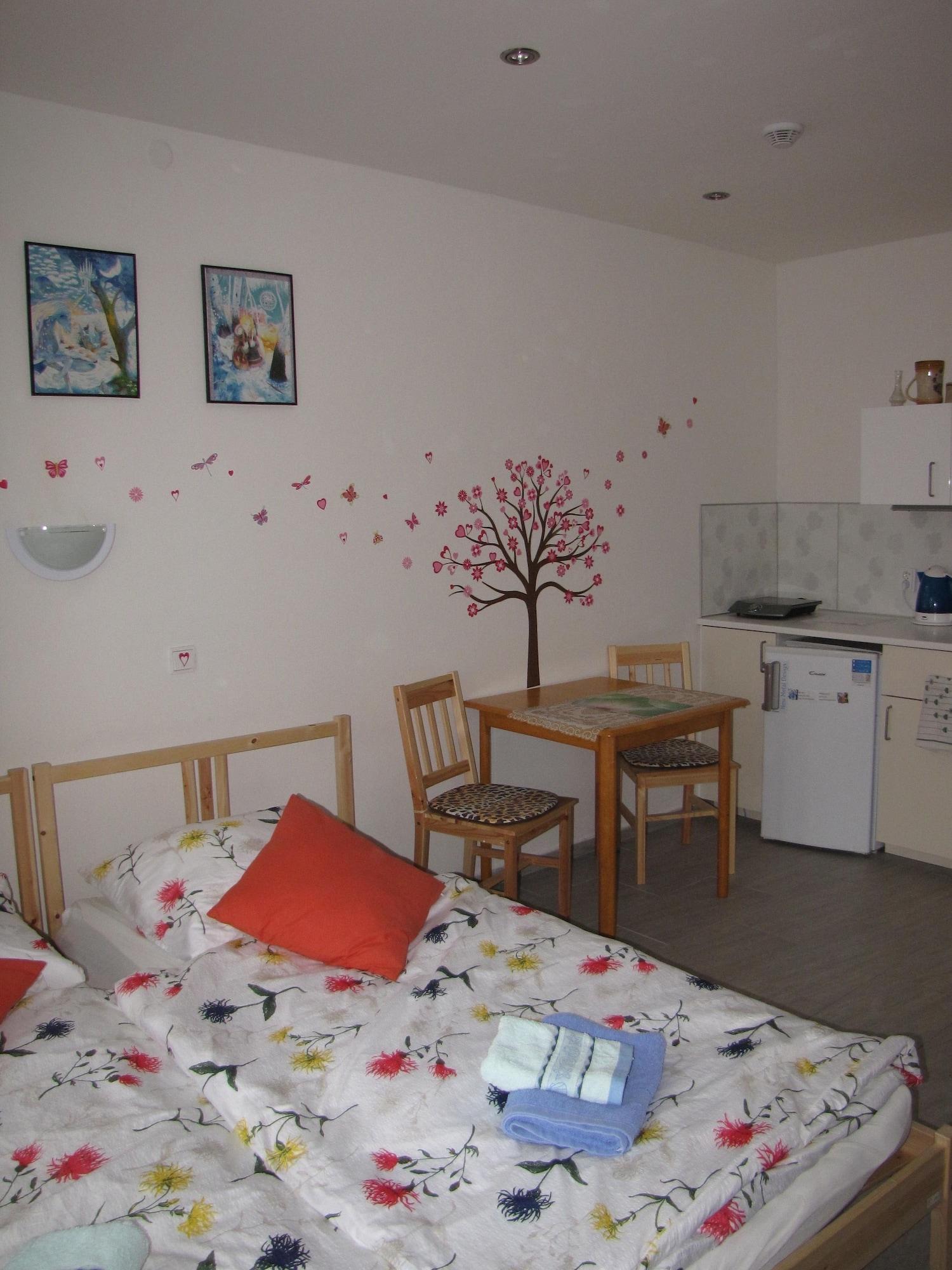 Rivendell Apartments, Praha 11