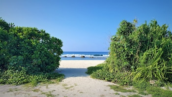 Explore Island Inn