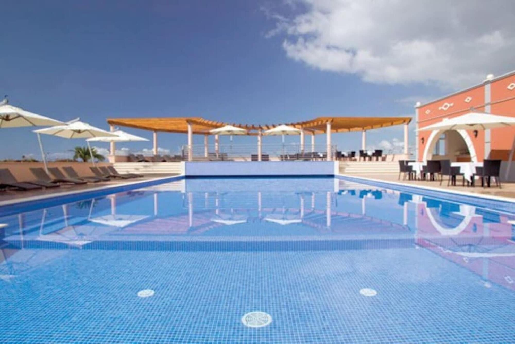 Apartment With one Bedroom in Funchal, With Wonderful sea View, Shared Pool, Furnished Garden - 4 km From the Beach, Funchal