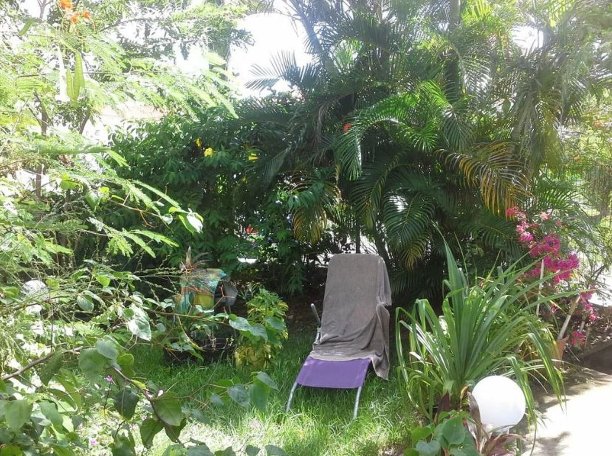 Apartment With 3 Bedrooms in Sainte-luce, With Enclosed Garden and Wifi - 900 m From the Beach, Basse-Pointe