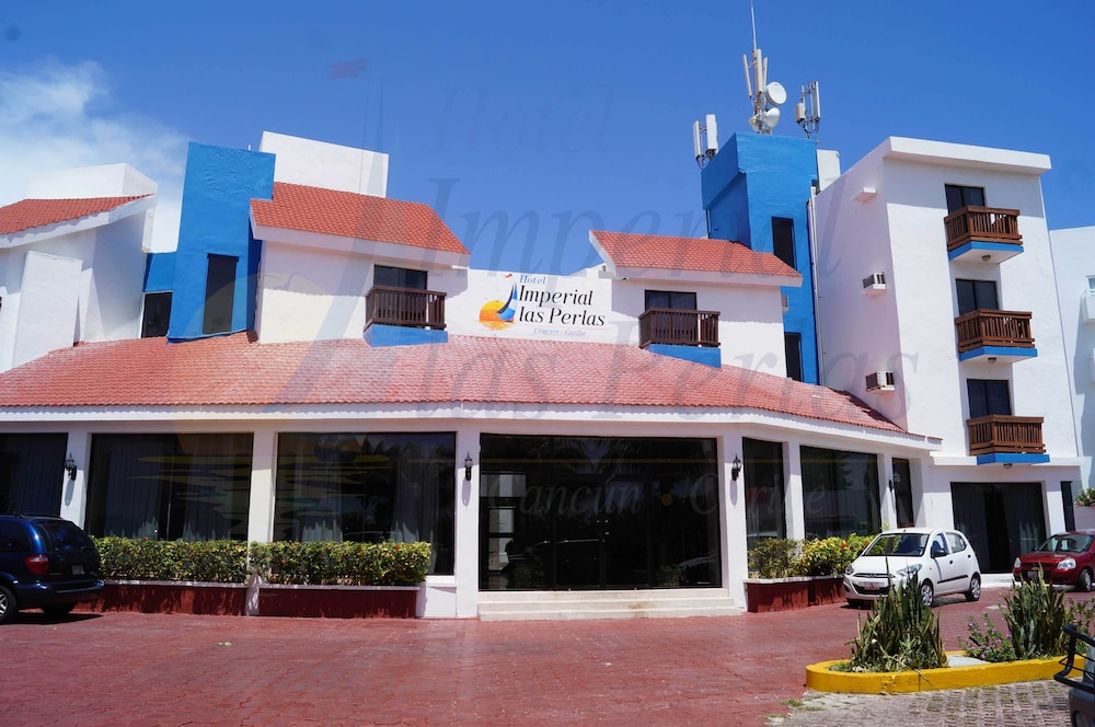 Hotel Imperial las Perlas, Featured Image