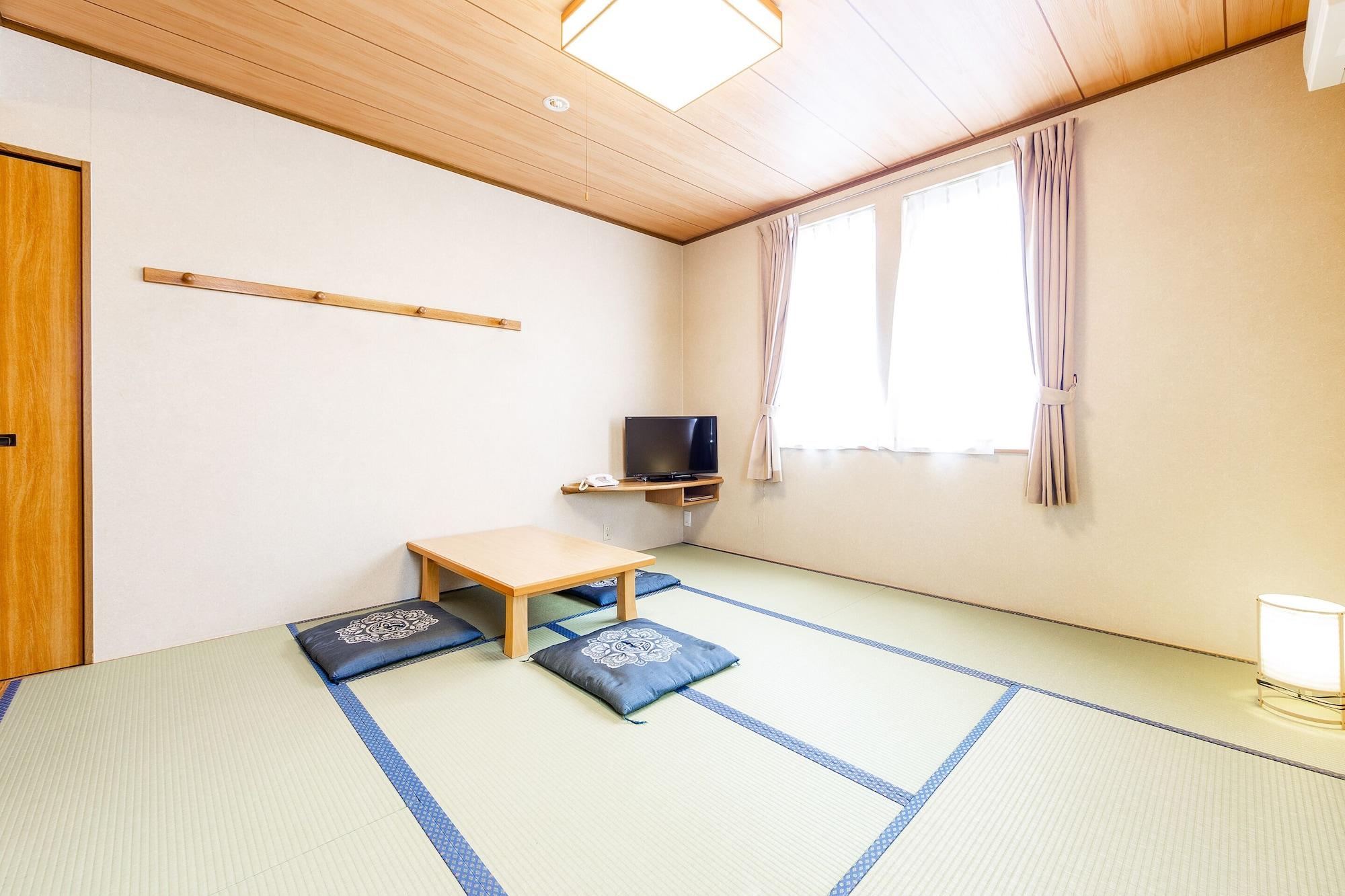 OYO 44593 Hotel Bird Inn, Nayoro