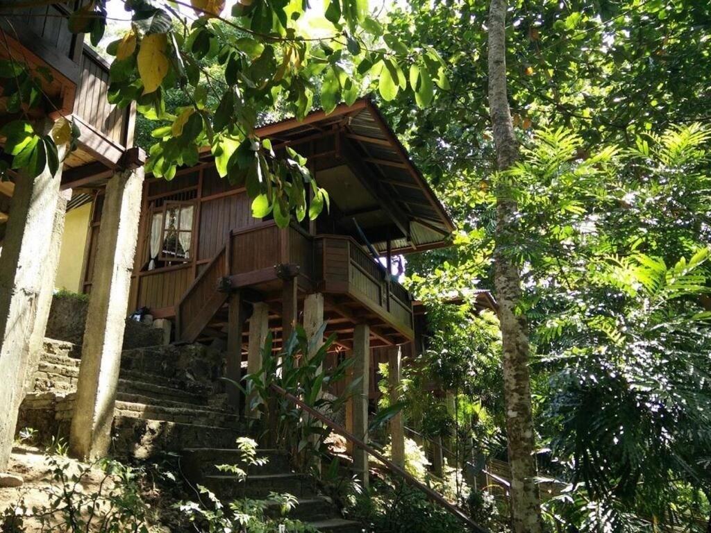 Mamaling Resort Bunaken, Minahasa Utara