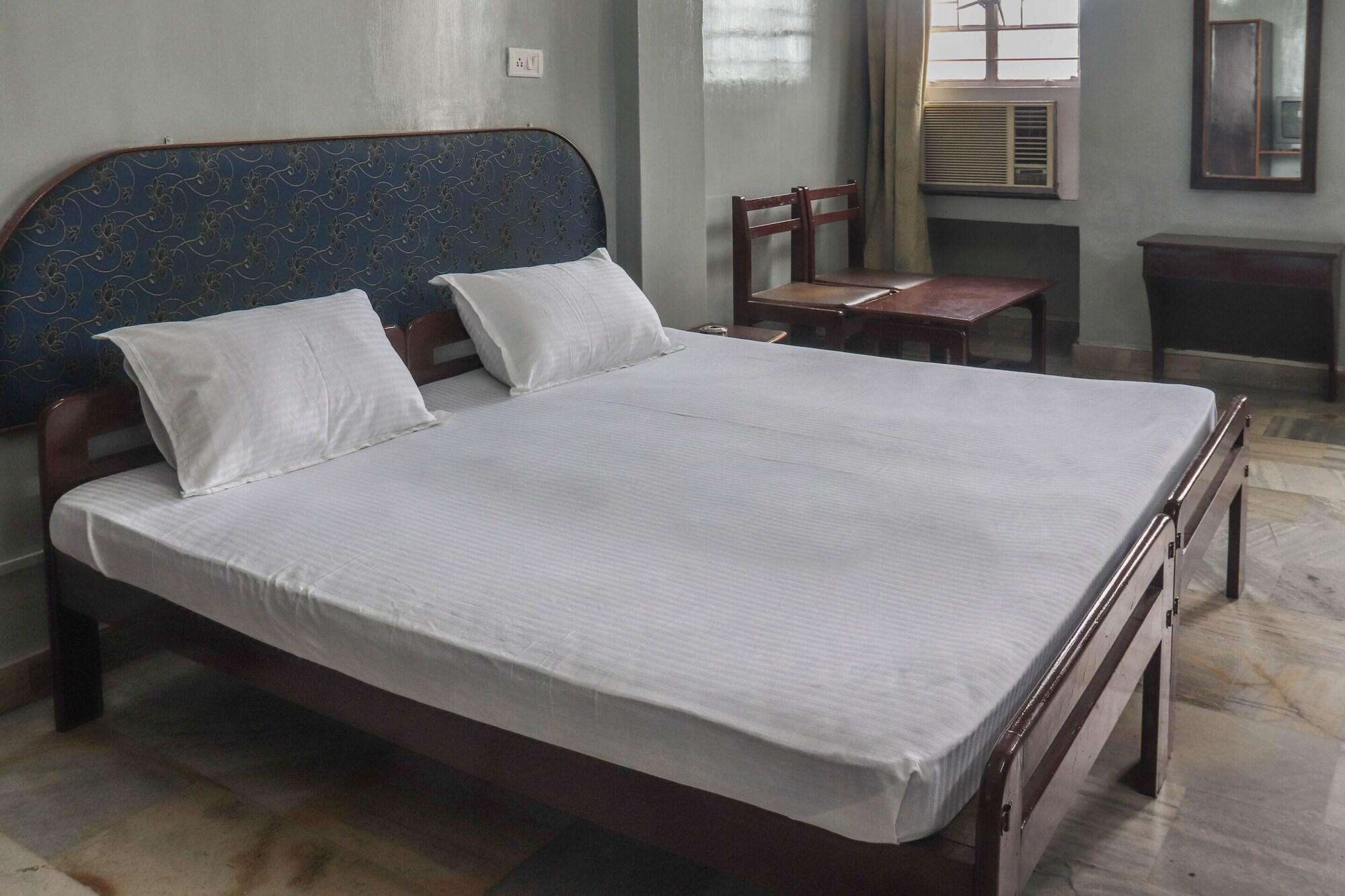 SPOT ON 49477 Hotel Galaxy, Dimapur