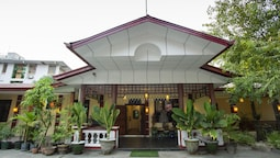 Royal GT Boutique Hotel