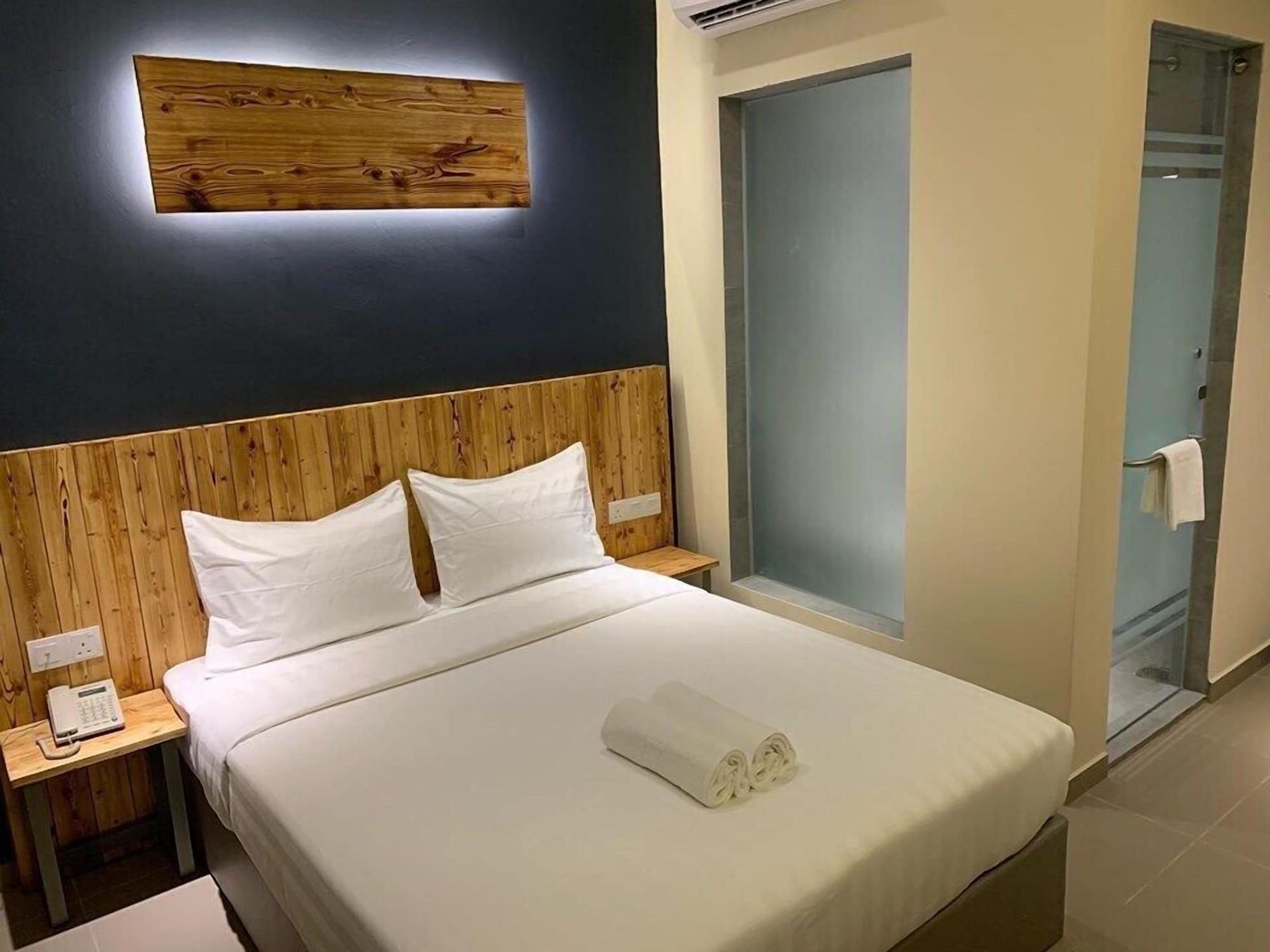 TLJ Hotel, Klang