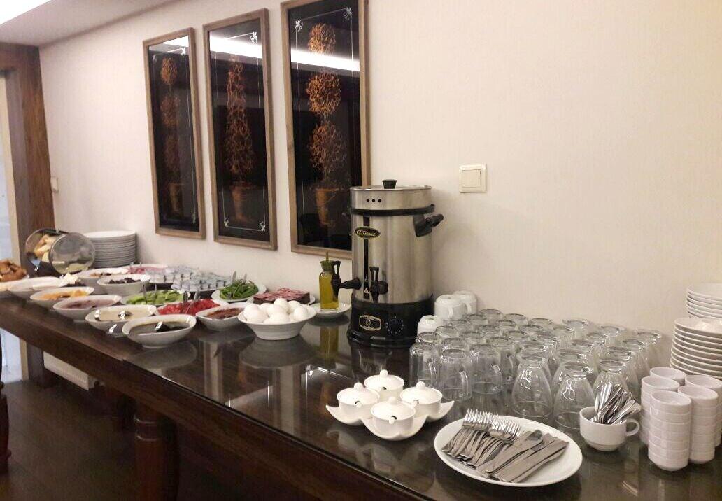 Zeybek Hotel, Edremit