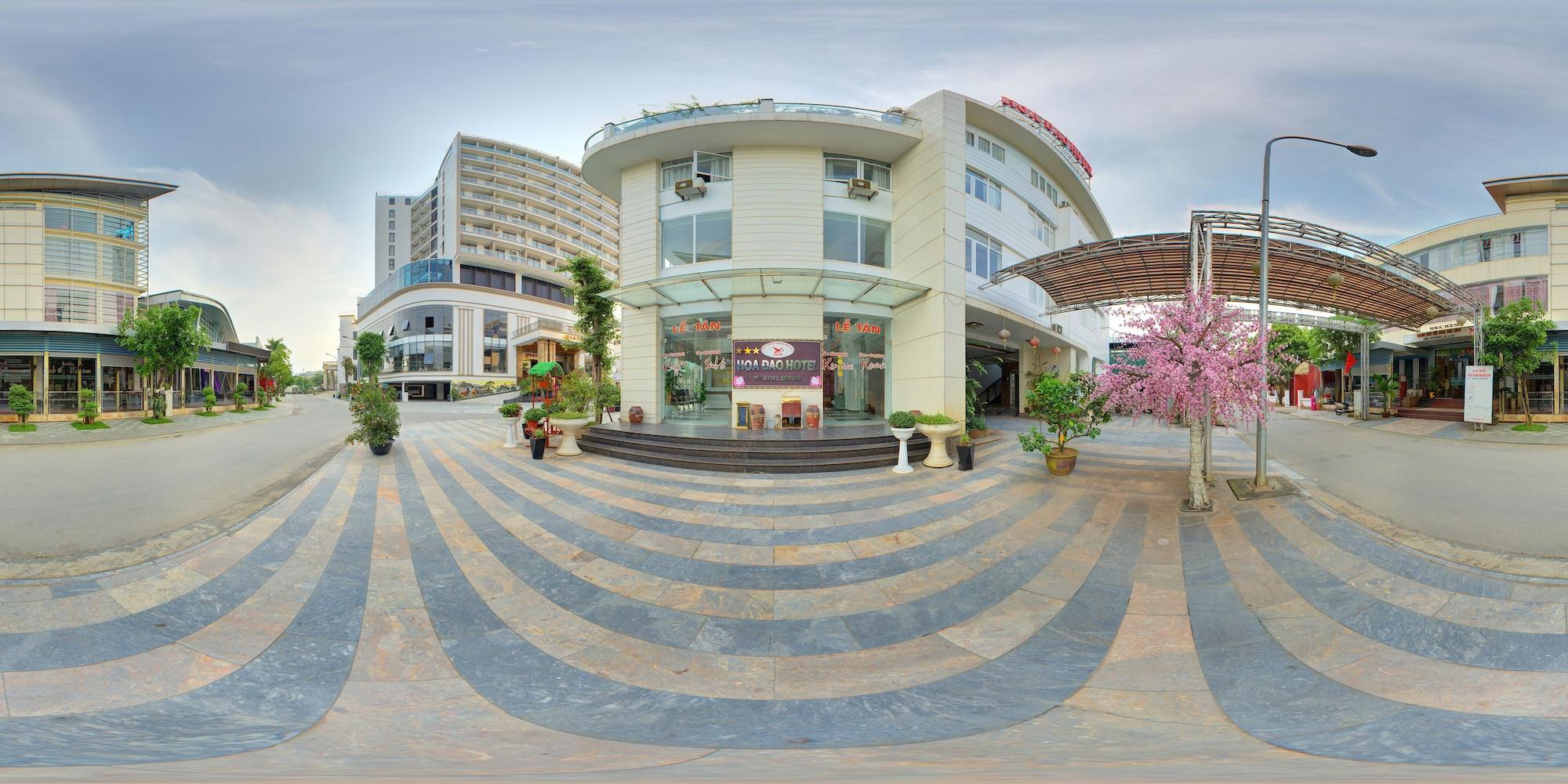 Hoa Dao Hotel, Hòa Bình