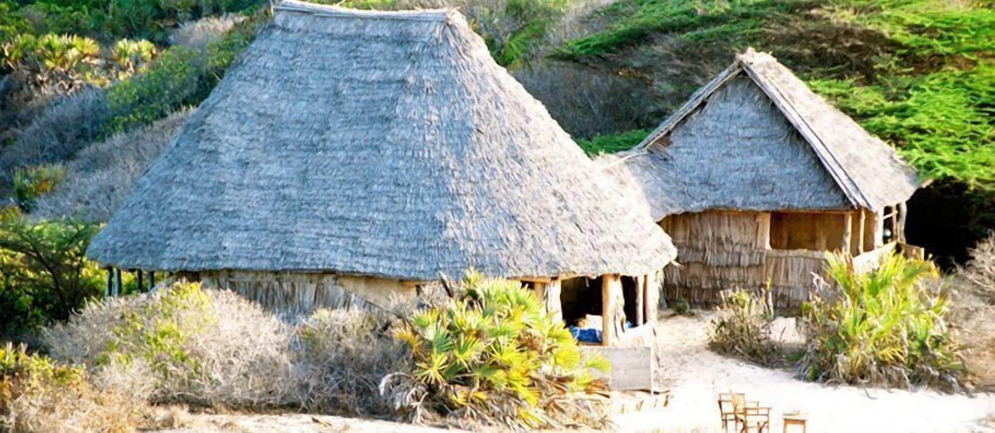 Mikes Camp Kiwayu, Lamu East