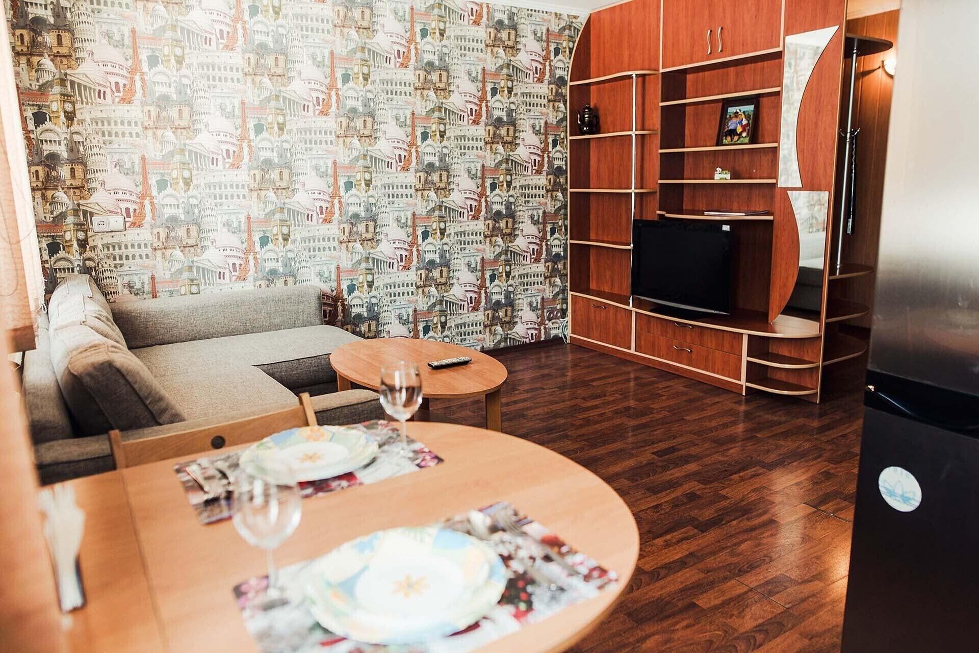 2 rooms apartment on Spartaka 18, Novokuznetskiy