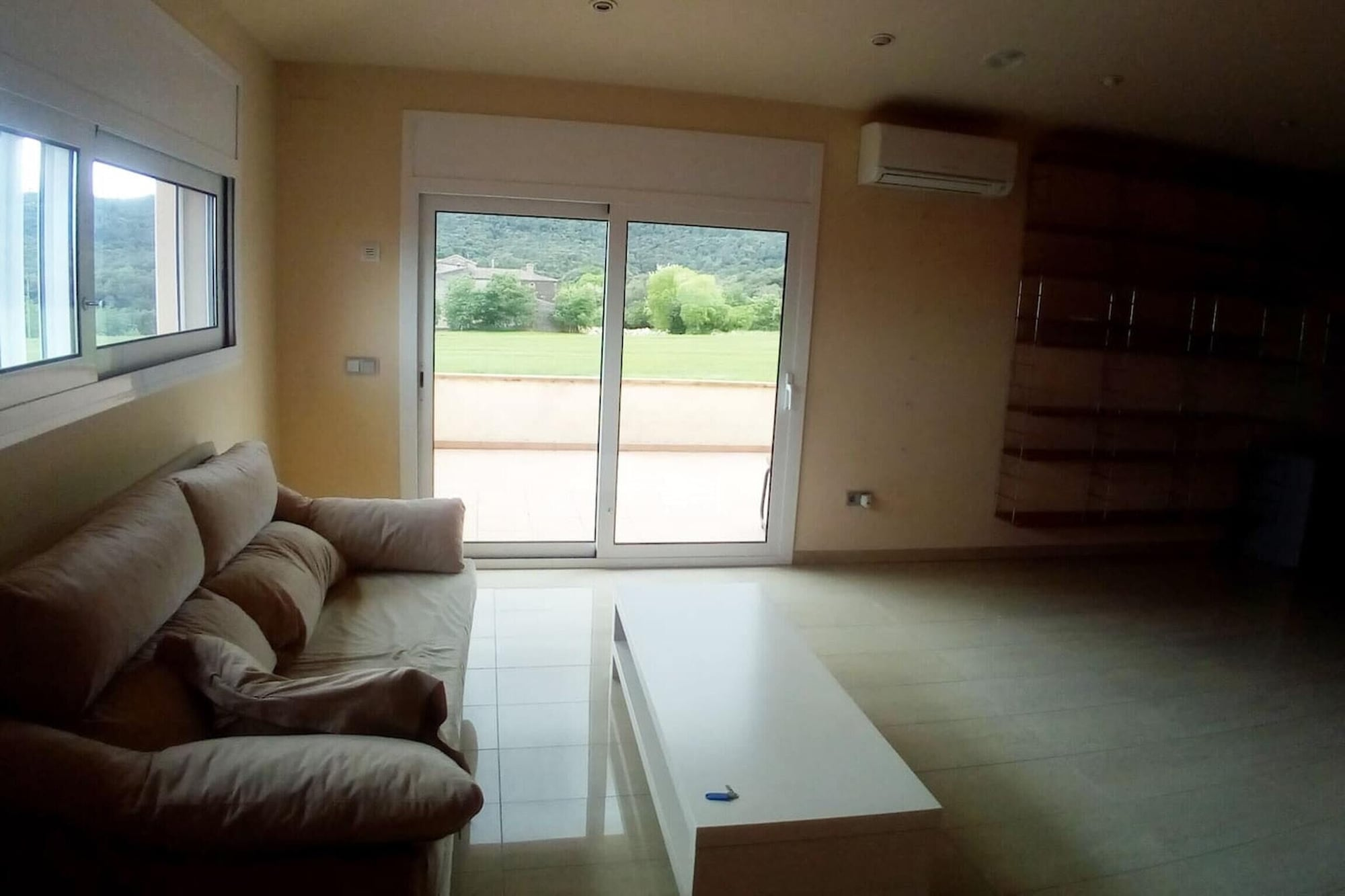 House With 3 Bedrooms in Canet D'adri, With Wonderful Mountain View and Enclosed Garden, Girona