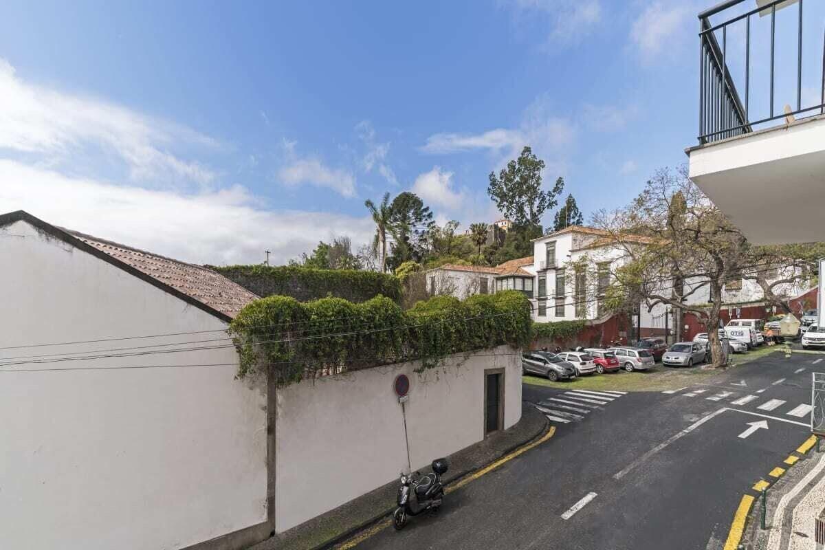 Santa Clara I, Vacations With Culture and History, Funchal