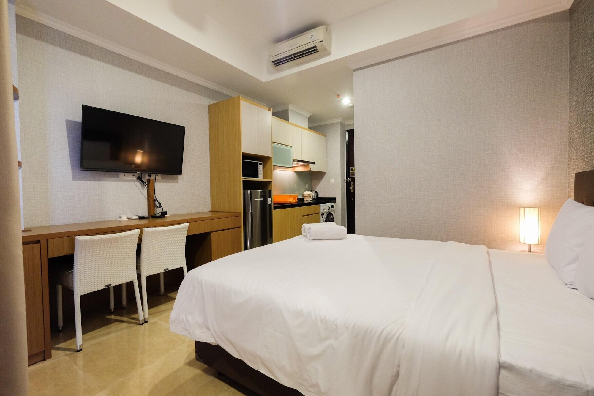 Luxurious Studio at Menteng Park Apartment, Jakarta Pusat