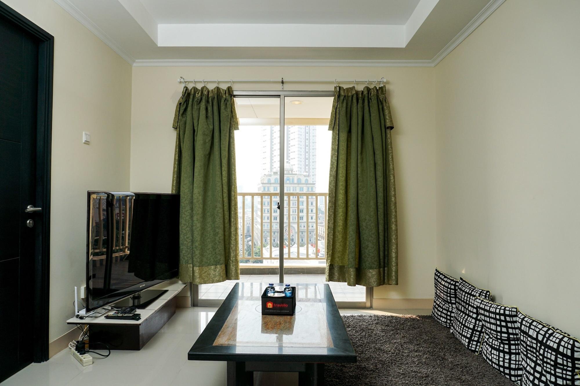 Comfortable 3BR with Japanese Style Livingroom Belmont Apartment, Jakarta Barat