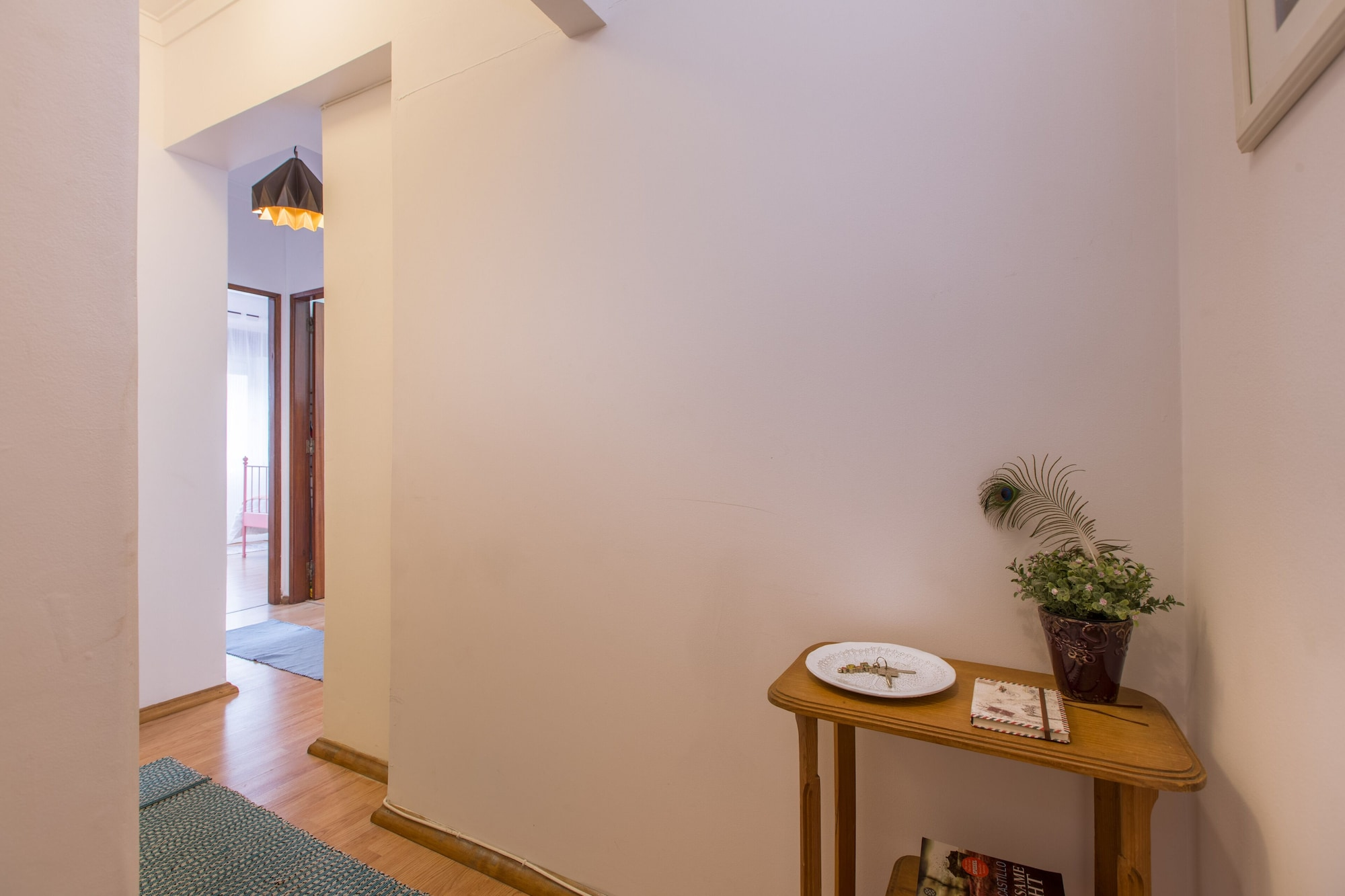 Light Filled Apartment + Free Pick-Up, By TimeCooler, Lisboa