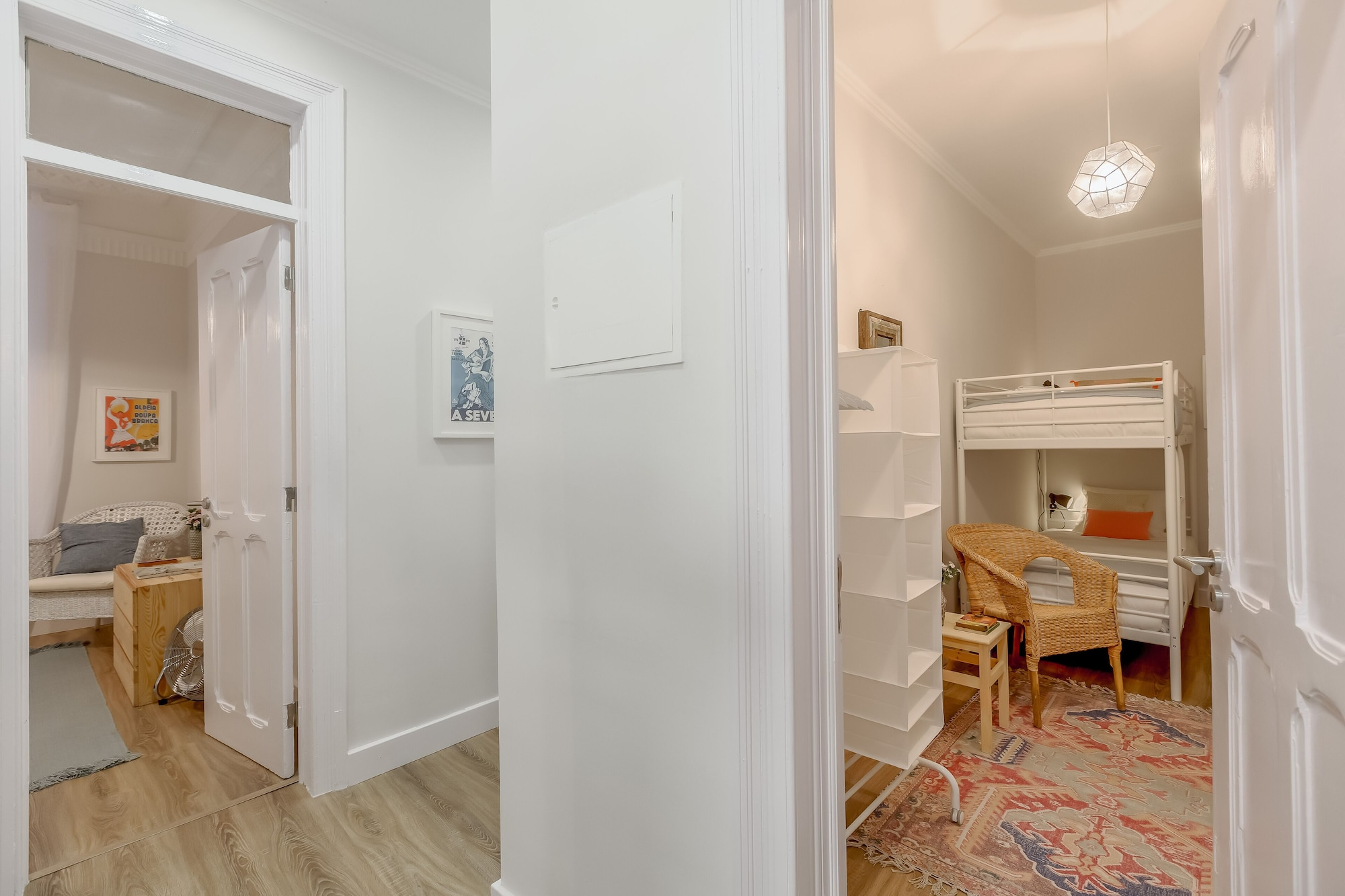 Baixa 3 Bedrooms Apartment with Patio + Free Pick Up By TimeCooler, Lisboa