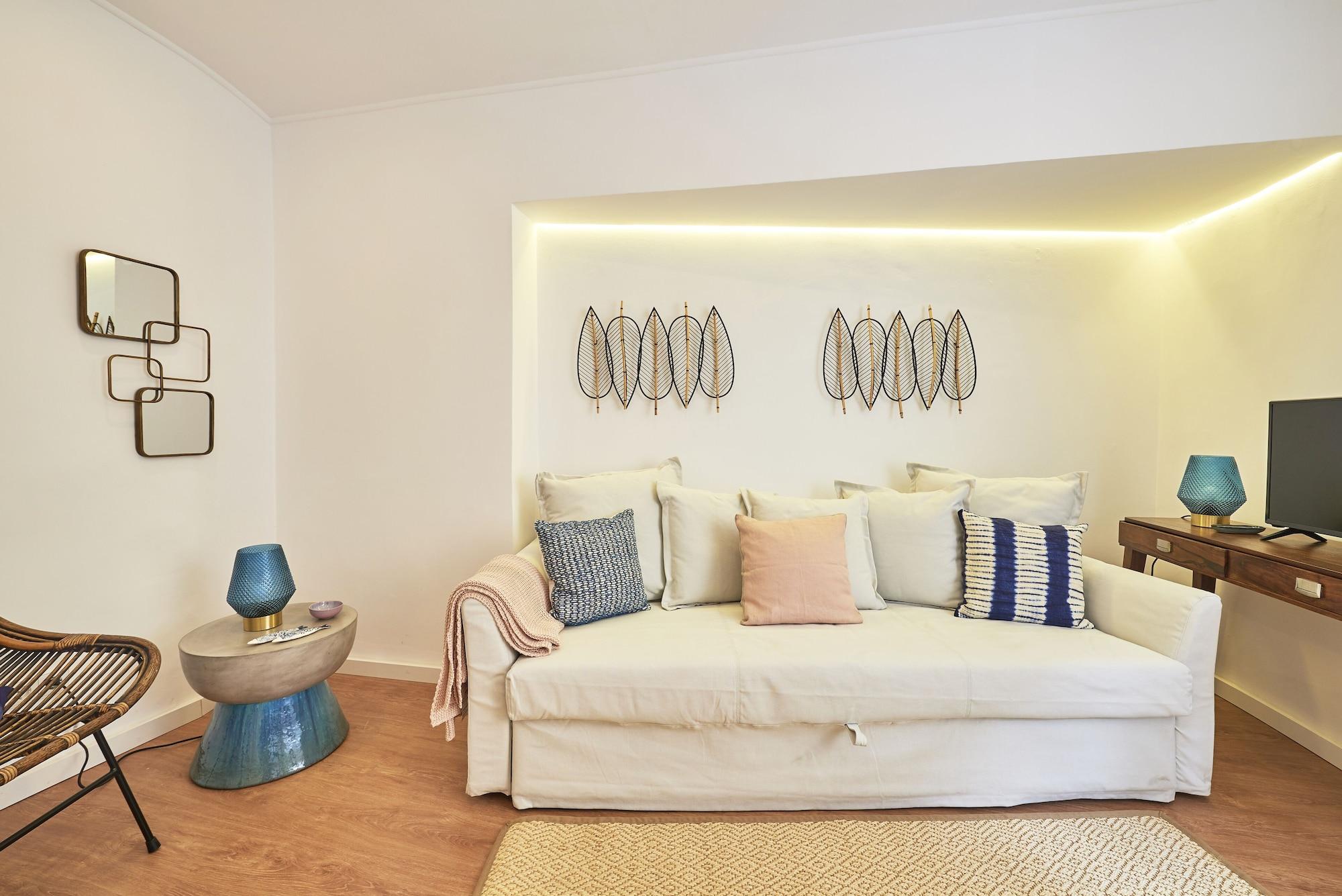 Belém Light Filled Apartment + Free Pick-Up, By TimeCooler, Lisboa