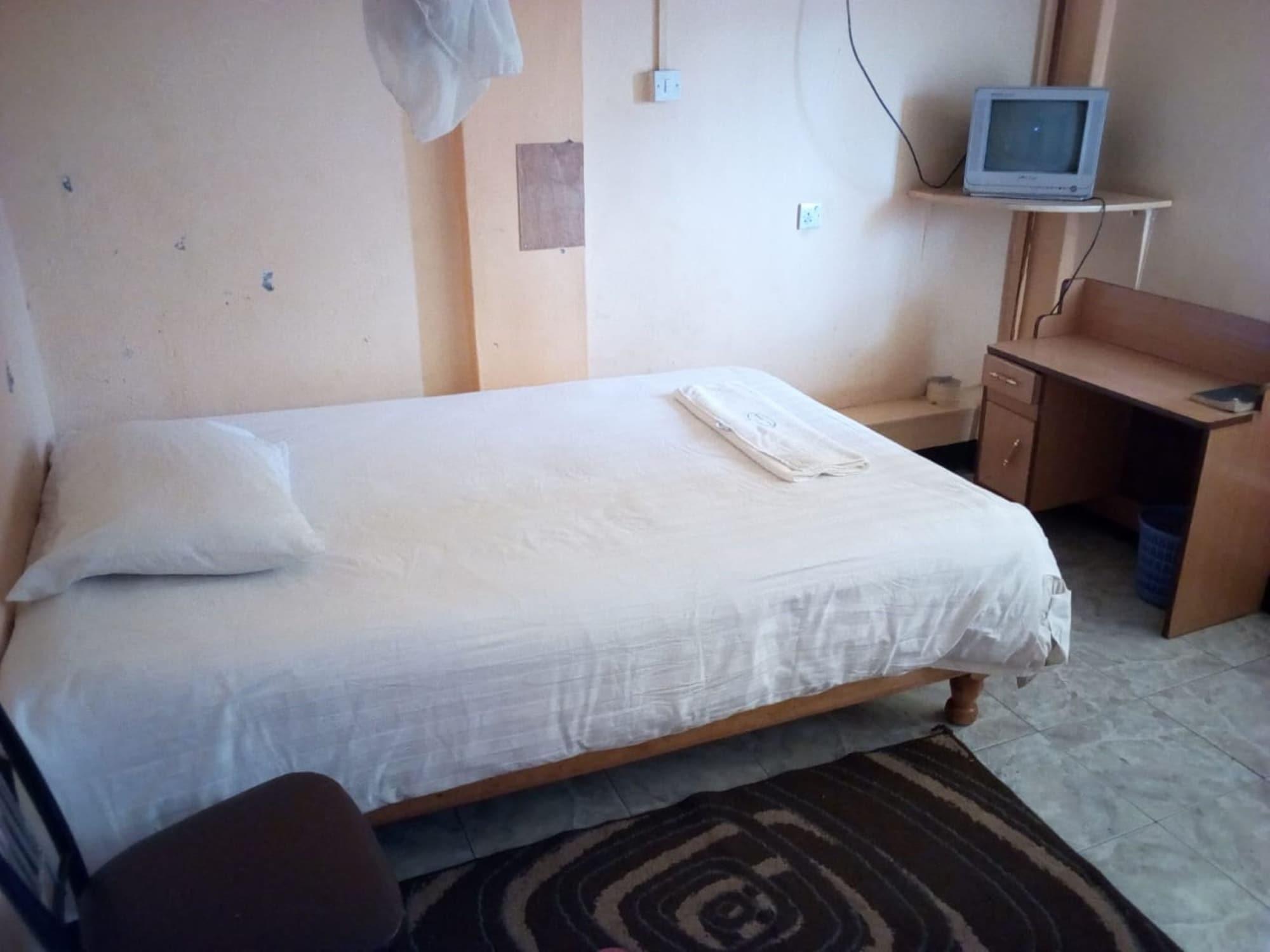 Olympia Hotel, Laikipia West