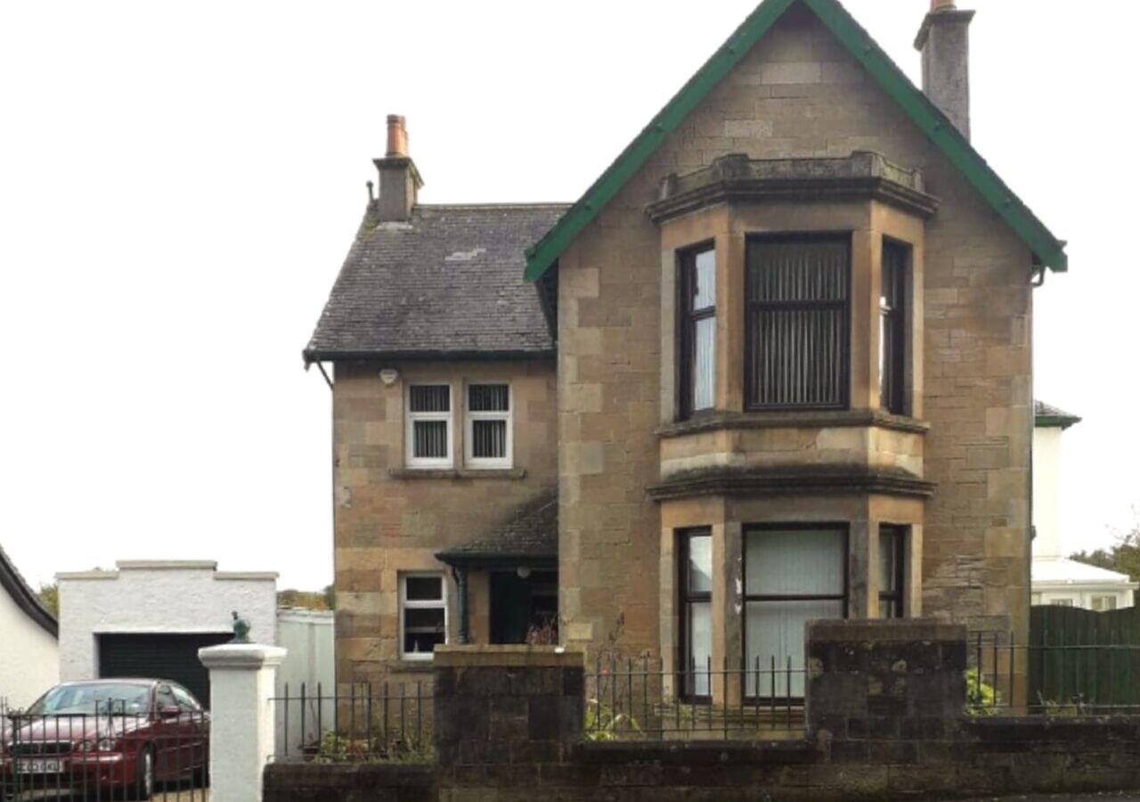 Glasgow Emo, East Renfrewshire