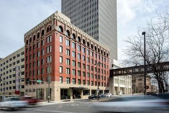 遊隼奧馬哈市中心 - 希爾頓 Curio 精選系列 The Peregrine Omaha Downtown, Curio Collection by Hilton