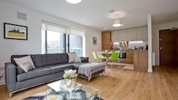 Luxury 1 Bed Apartment in Stoneywood, Aberdeen