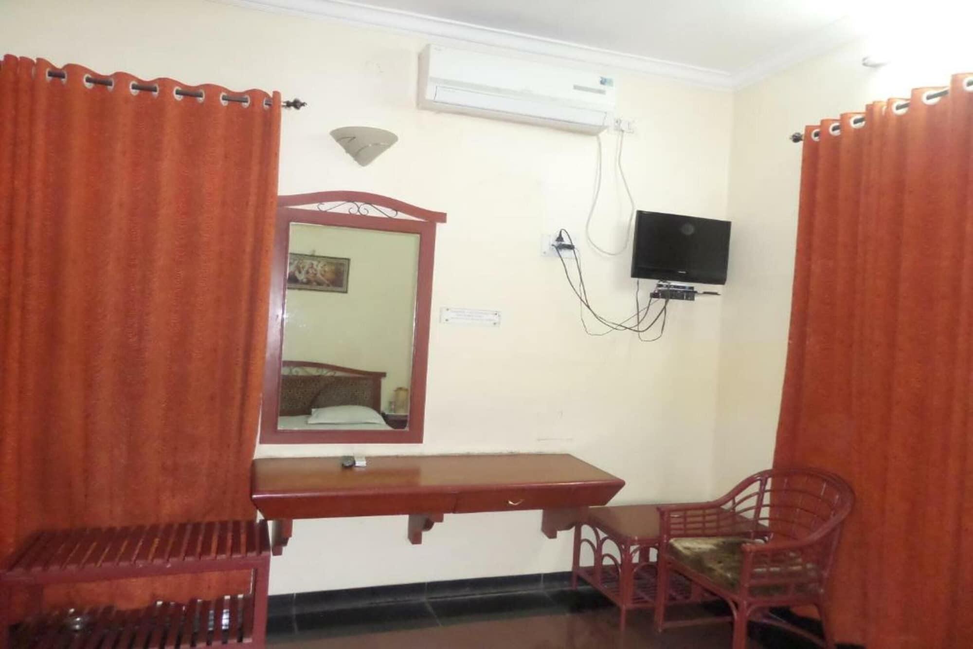 Hotel Ambassador Executive, Solapur