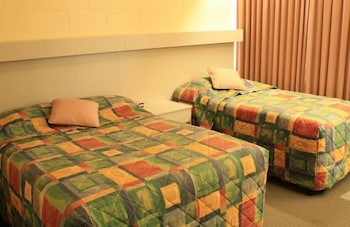 城鎮最佳汽車旅館飯店