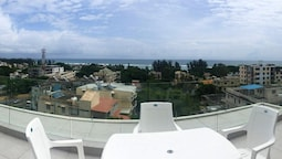 Apartment With 2 Bedrooms in Flic en Flac, With Wonderful sea View, Sh