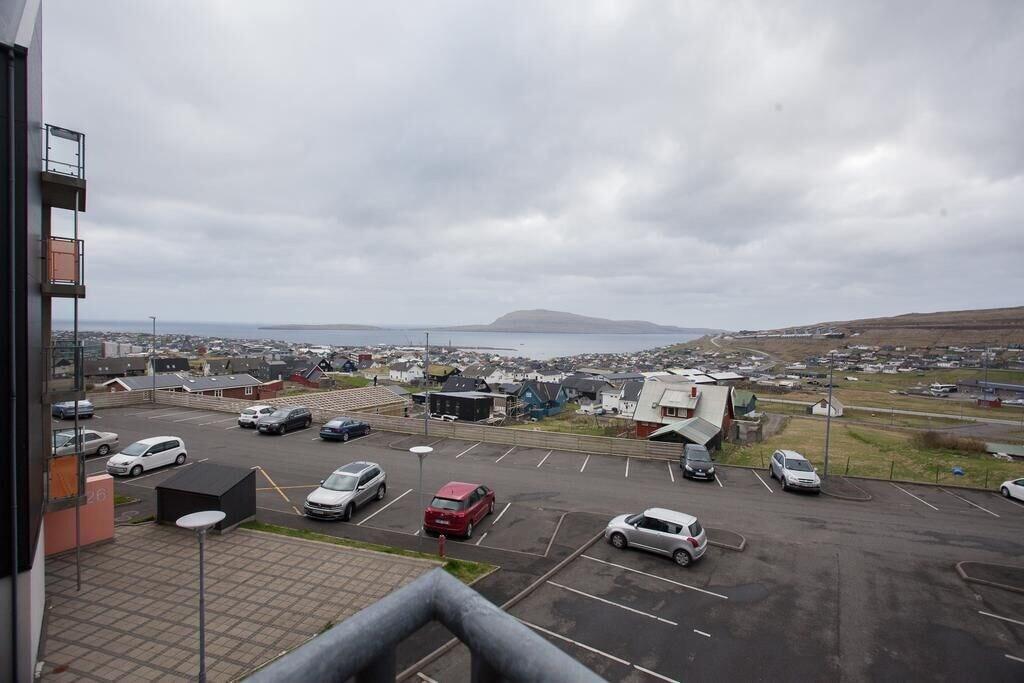 2 Bedroom Apartment with Ocean View, Tórshavn