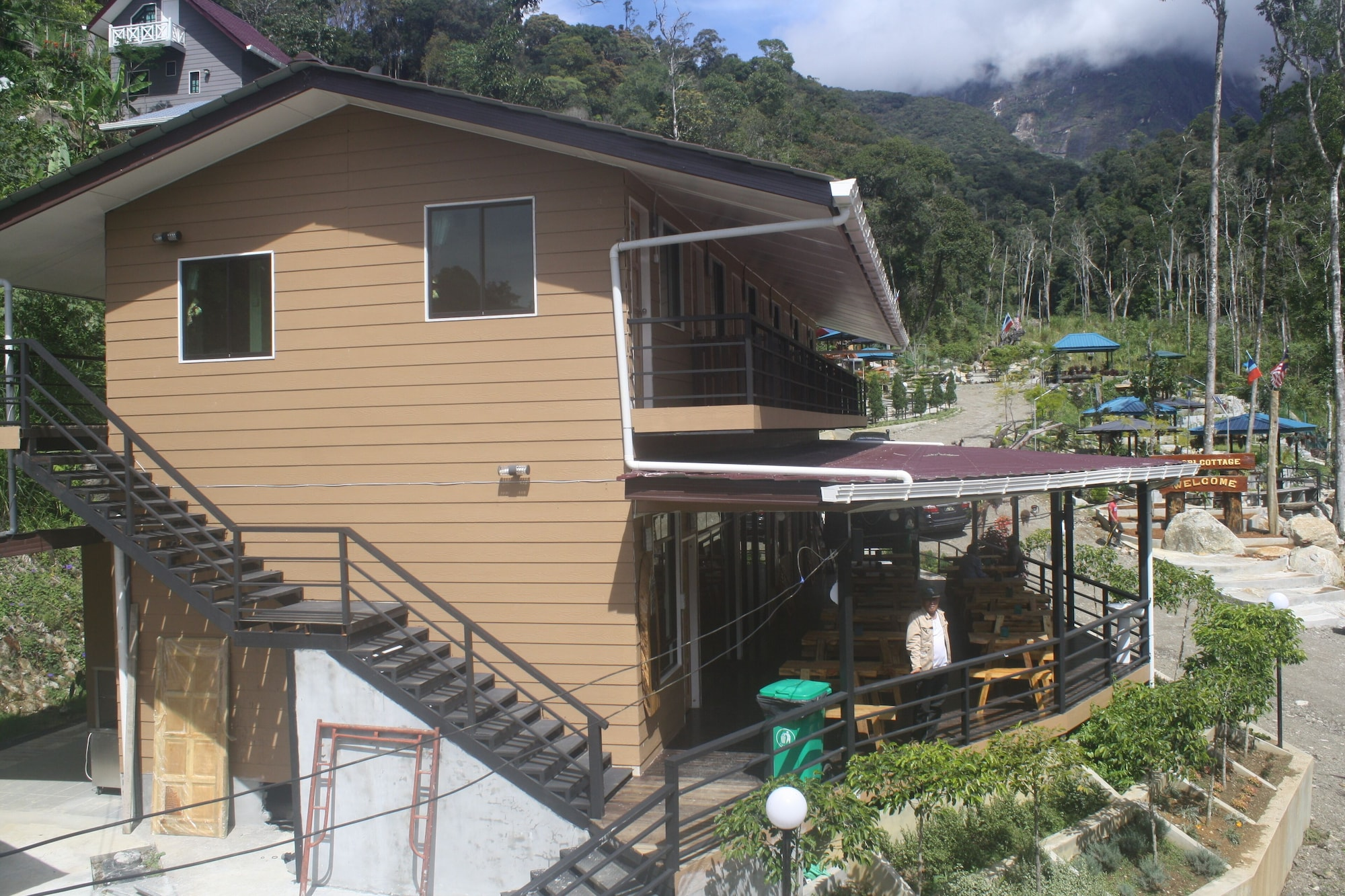 D'La Sri Cottage - Asia Camp, Ranau