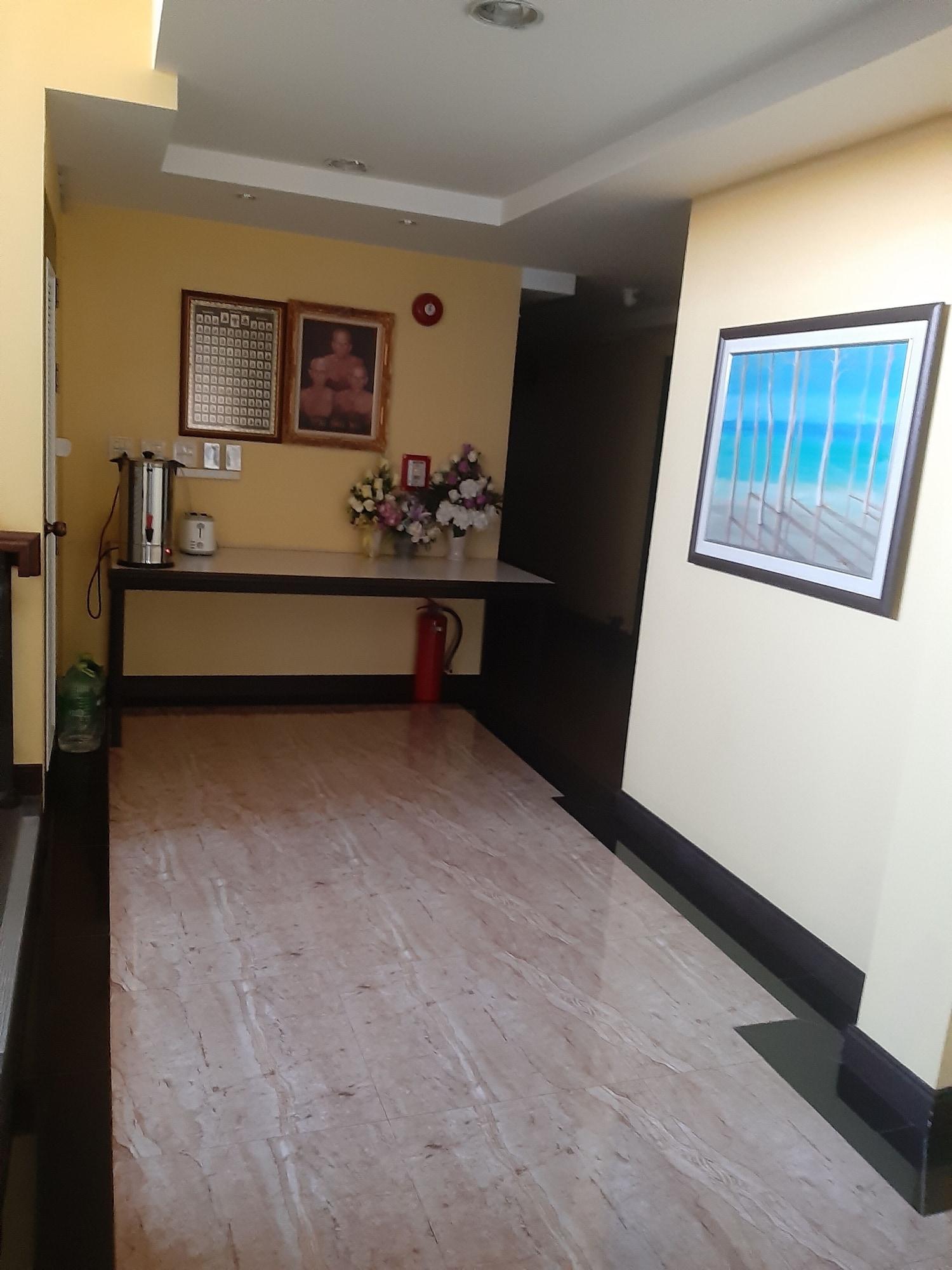 Jutha Mansion, Muang Uttaradit