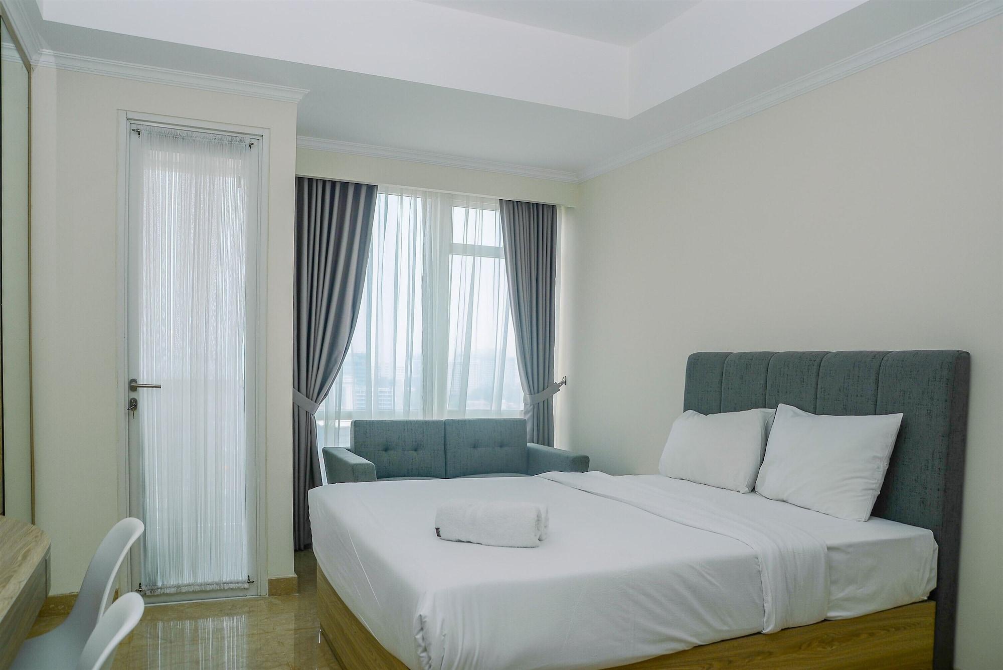 Modern and Cozy Studio Menteng Park Apartment, Jakarta Pusat
