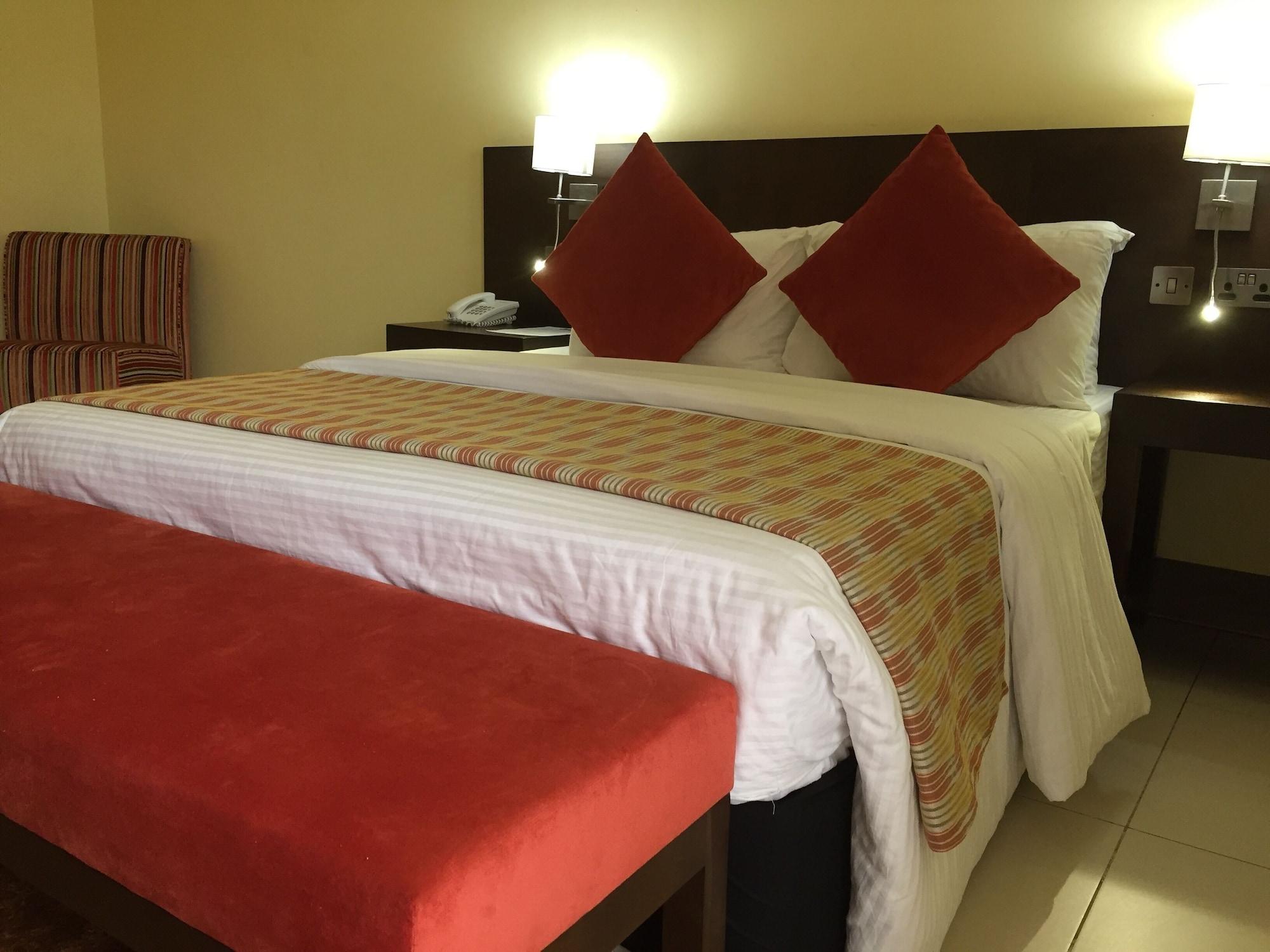 BON Hotel Ekiti, Irepodun/Ifelodun