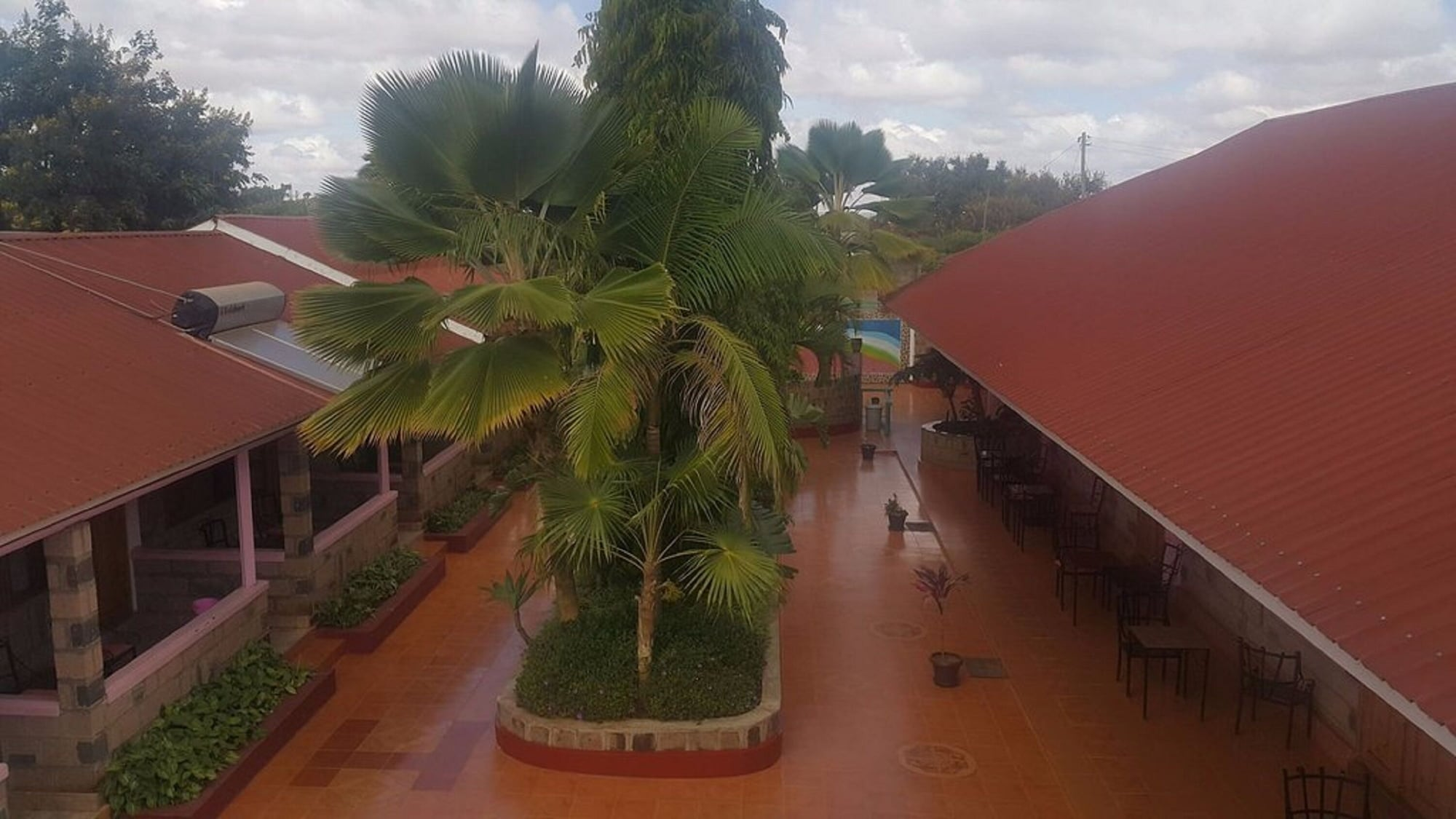 Miryam Village Inn Safari Lodge, Kilome