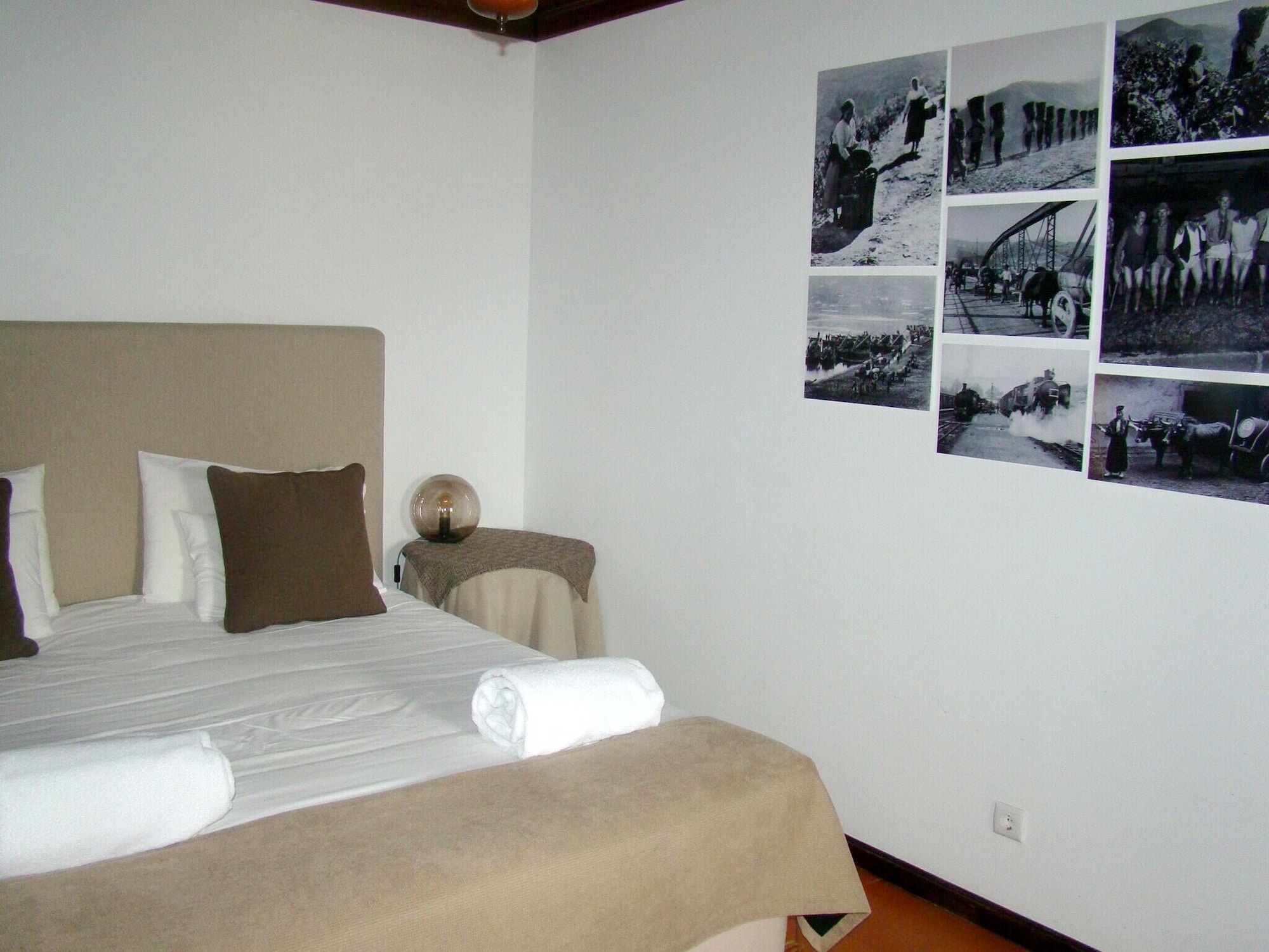 Apartment With one Bedroom in Armamar, With Shared Pool, Furnished Terrace and Wifi, Armamar