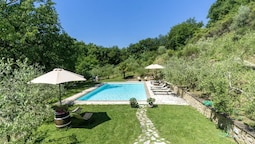 Apartment With one Bedroom in Montepulciano, With Shared Pool and Furn
