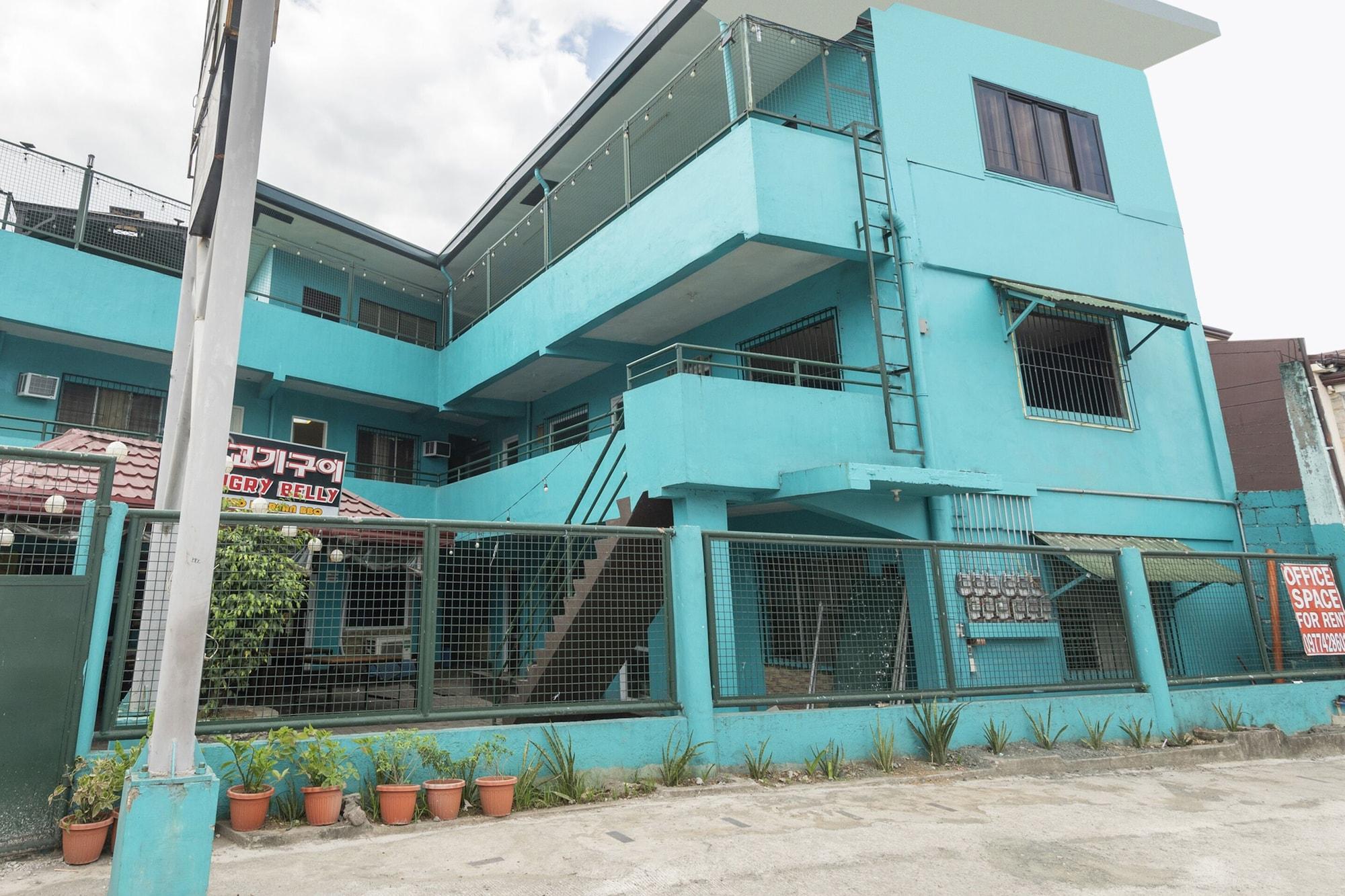 OYO 430 Michael's Place, Quezon City