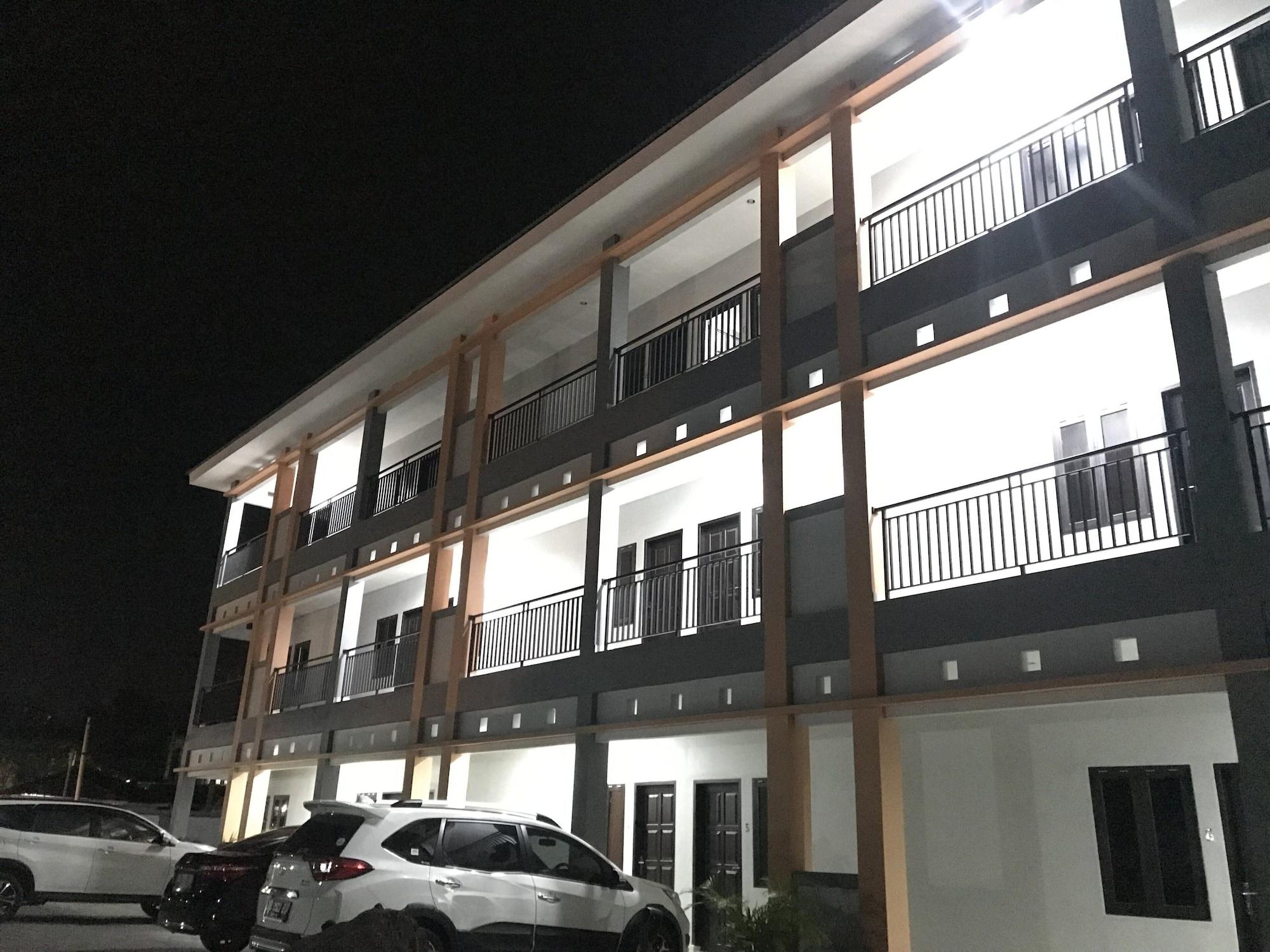 OYO 1680 Hanna Residence, Manado