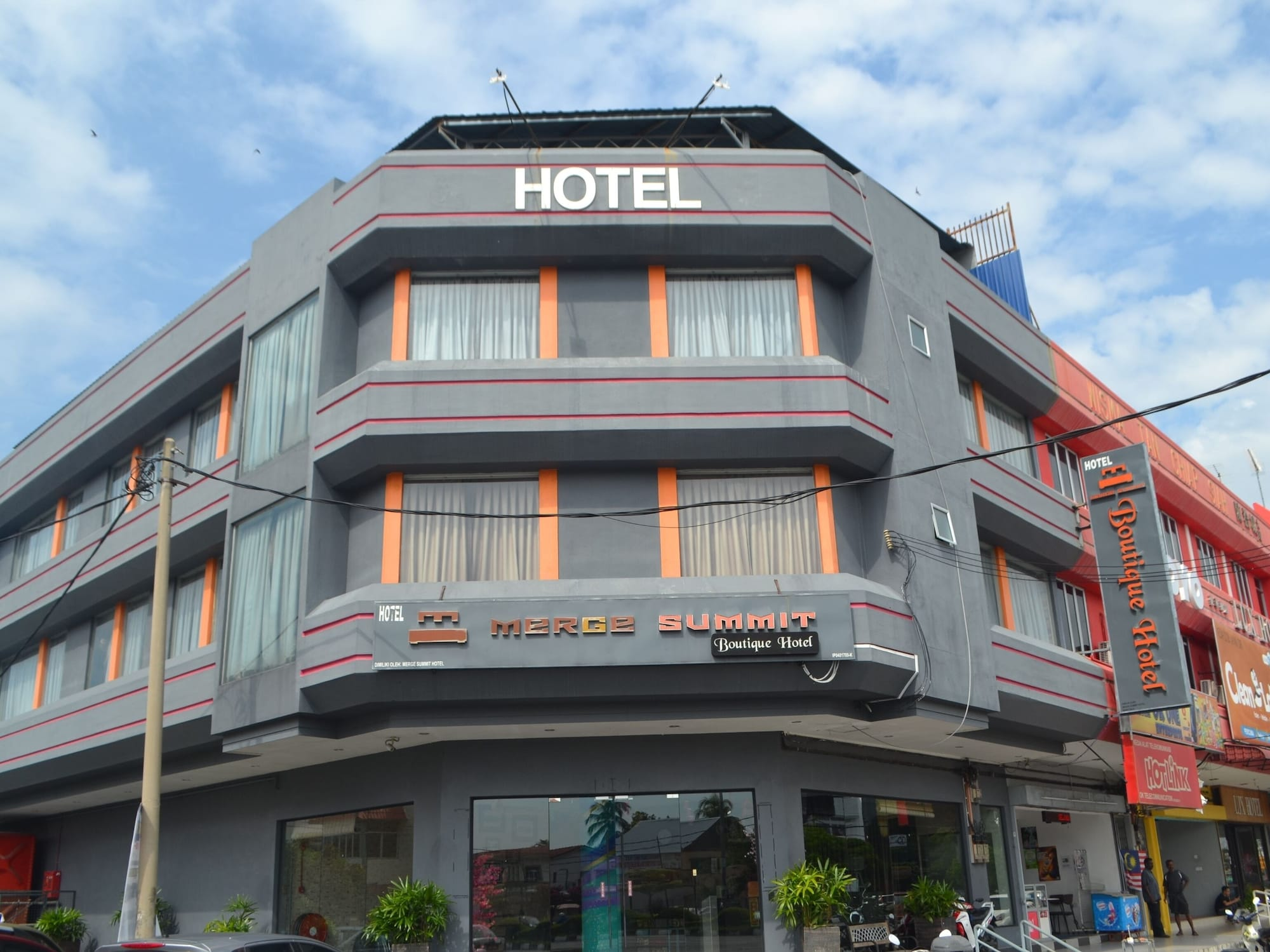 OYO 89620 Merge Summit Boutique Hotel, Hilir Perak